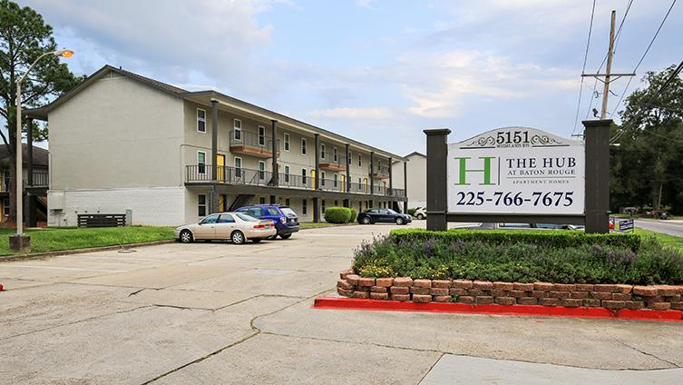 The Hub at Baton Rouge Apartment Homes image 17