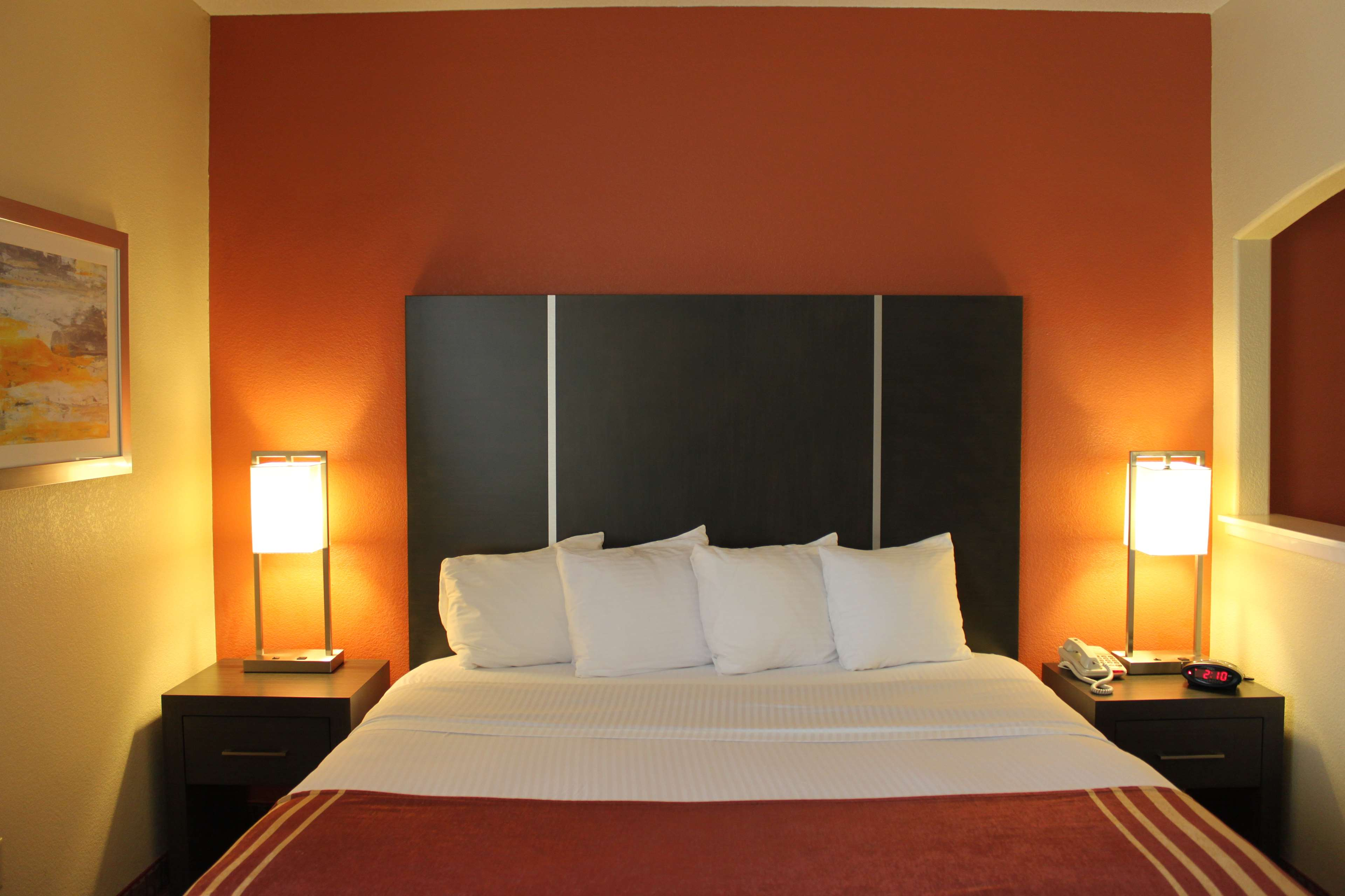 Best Western Plus North Houston Inn & Suites image 17