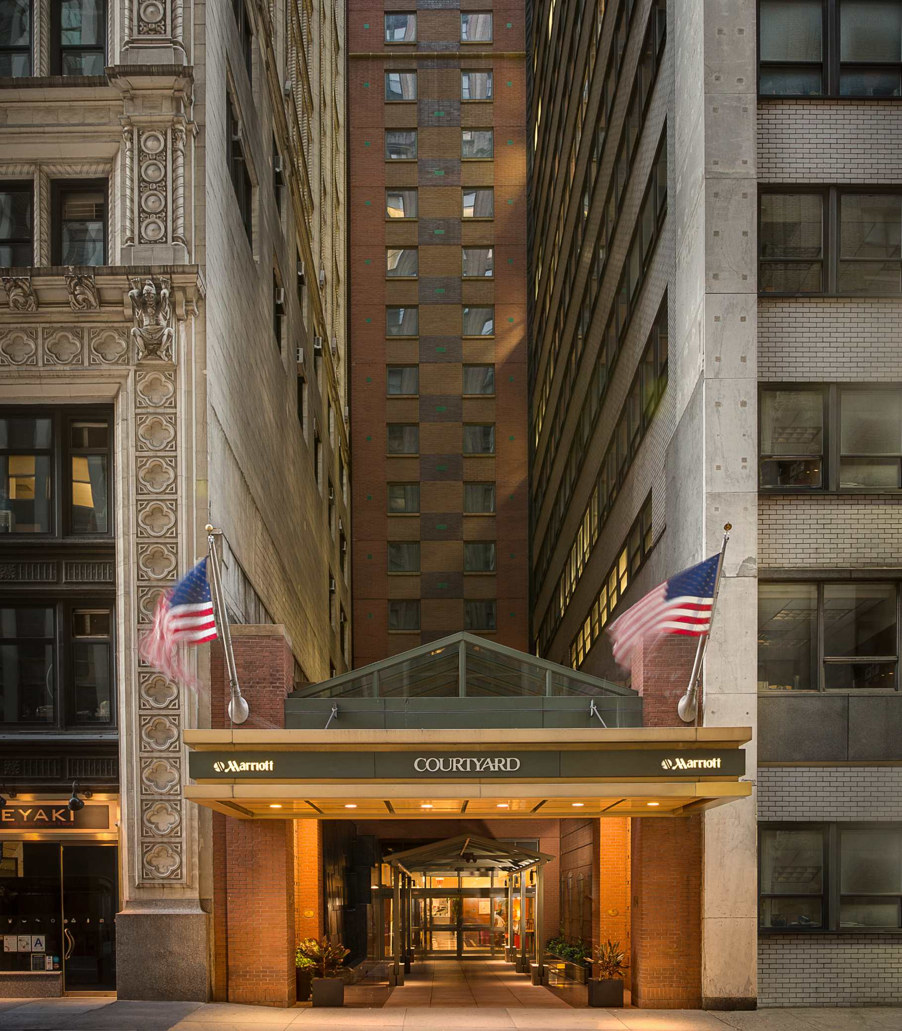 Courtyard By Marriott New York Manhattan Times Square Coupons Near Me In New York 8coupons