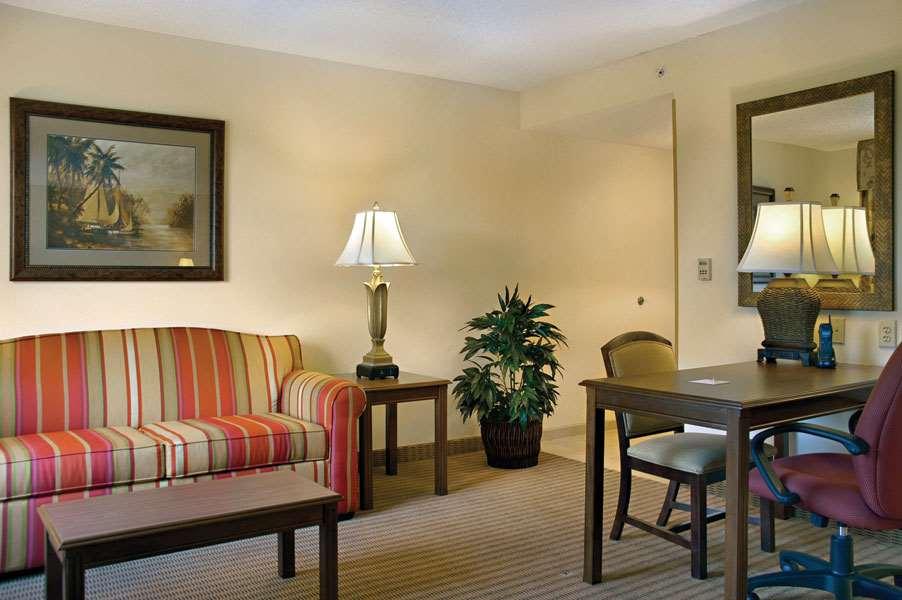 Hampton Inn & Suites Tampa-Wesley Chapel image 23