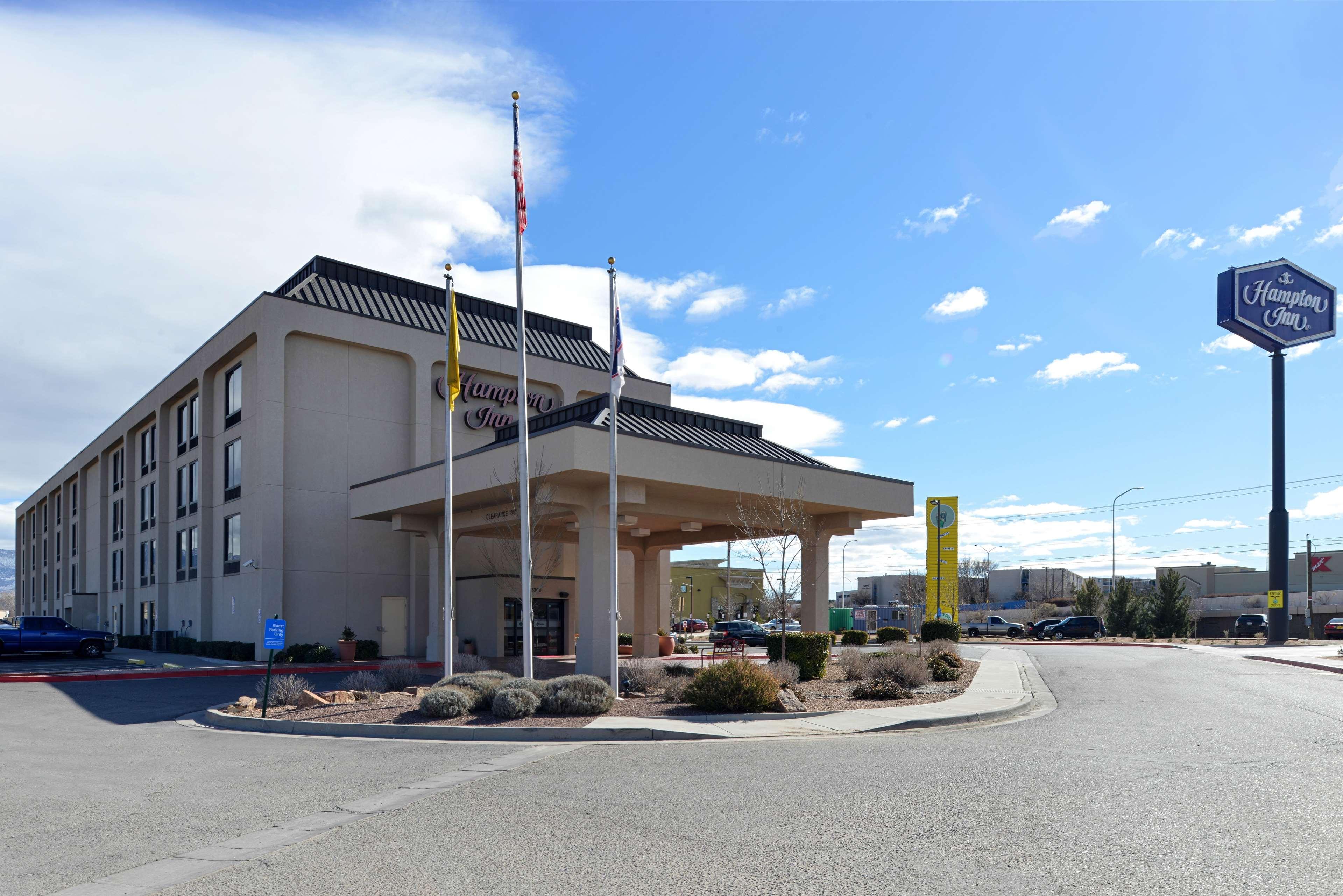 Hampton Inn Albuquerque-University/Midtown image 2