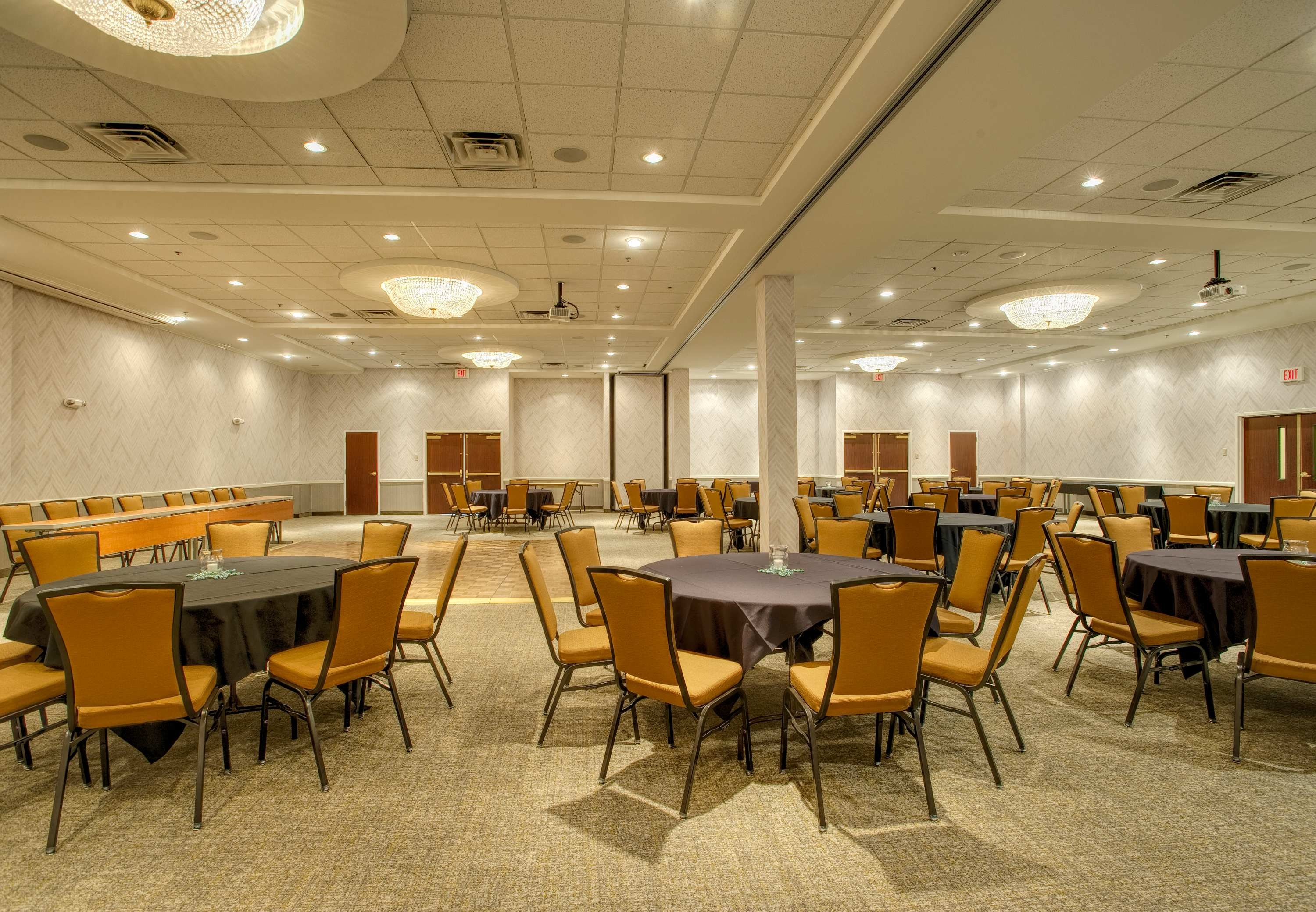 SpringHill Suites by Marriott Lawrence image 17