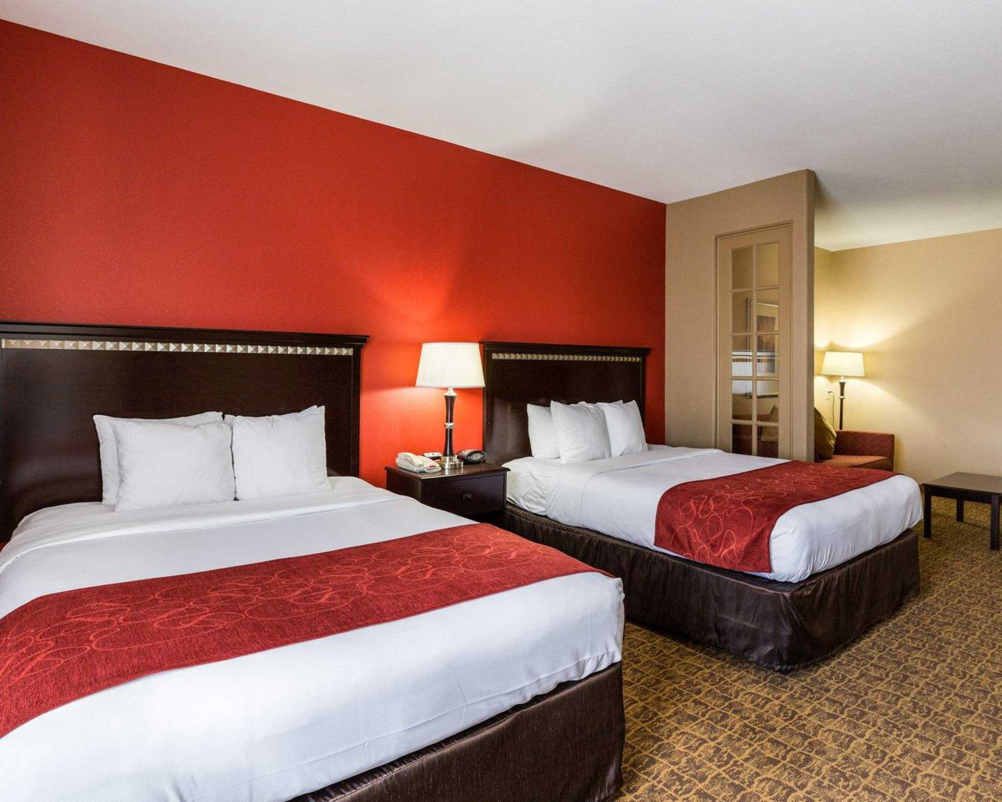 Comfort Suites Pearland - South Houston image 26
