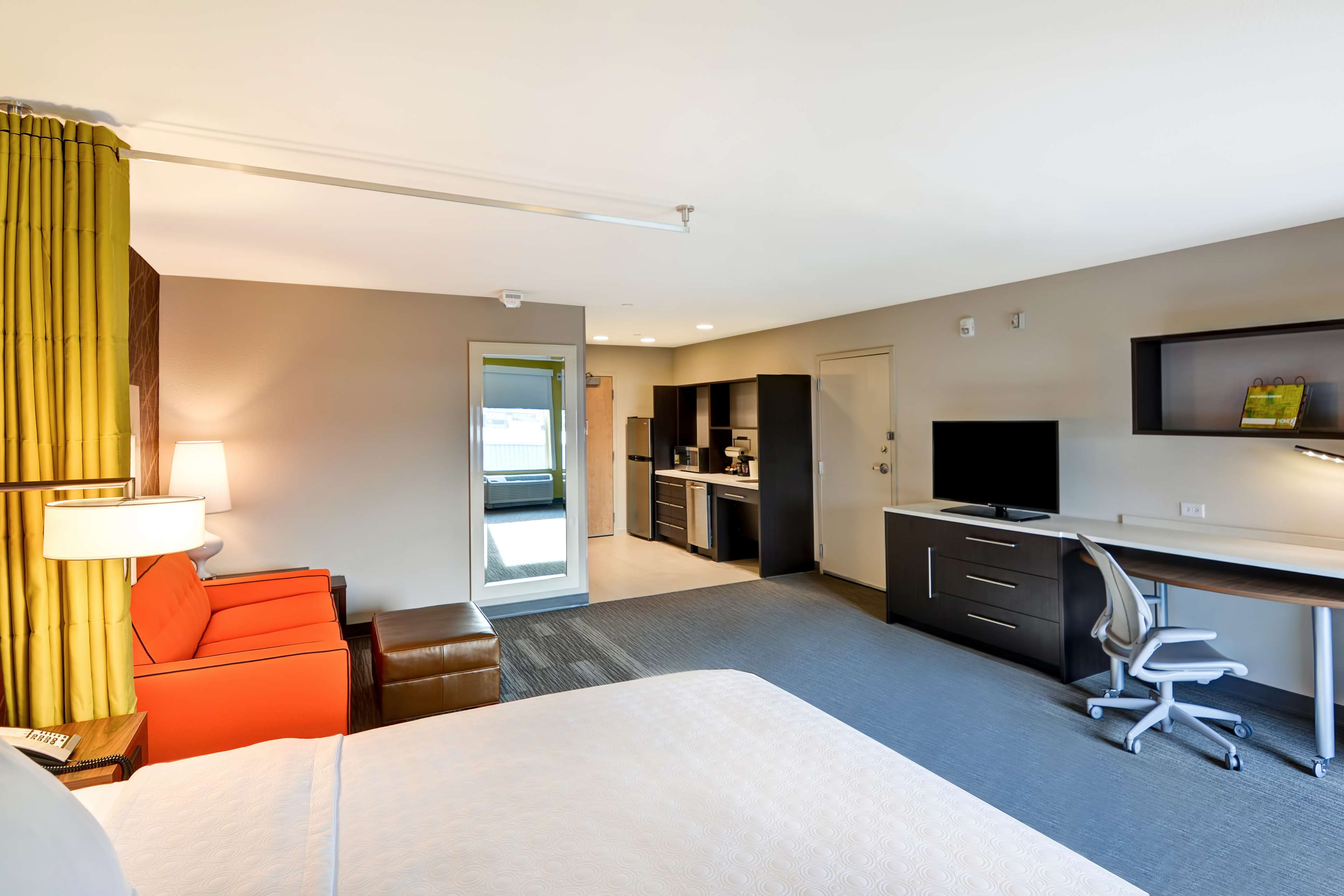 Home2 Suites by Hilton Green Bay image 14