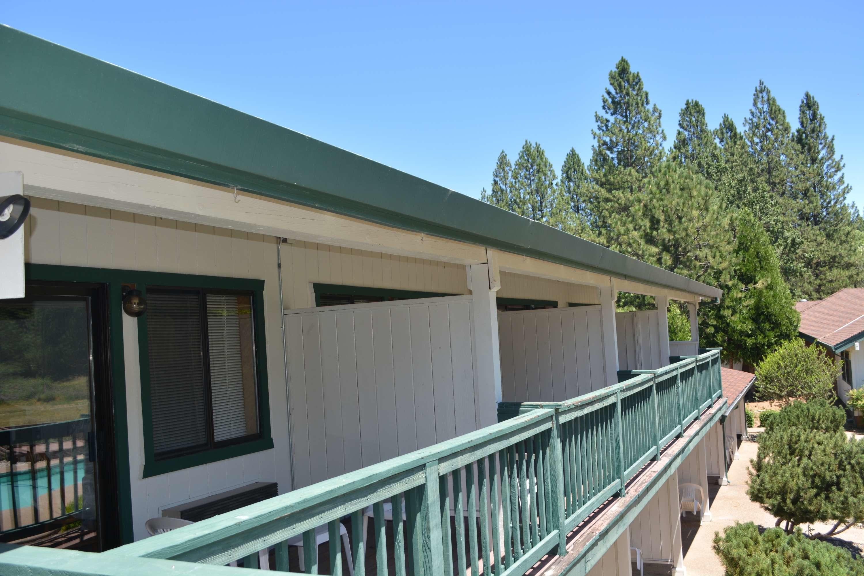 Pioneer Inn & Suites image 11