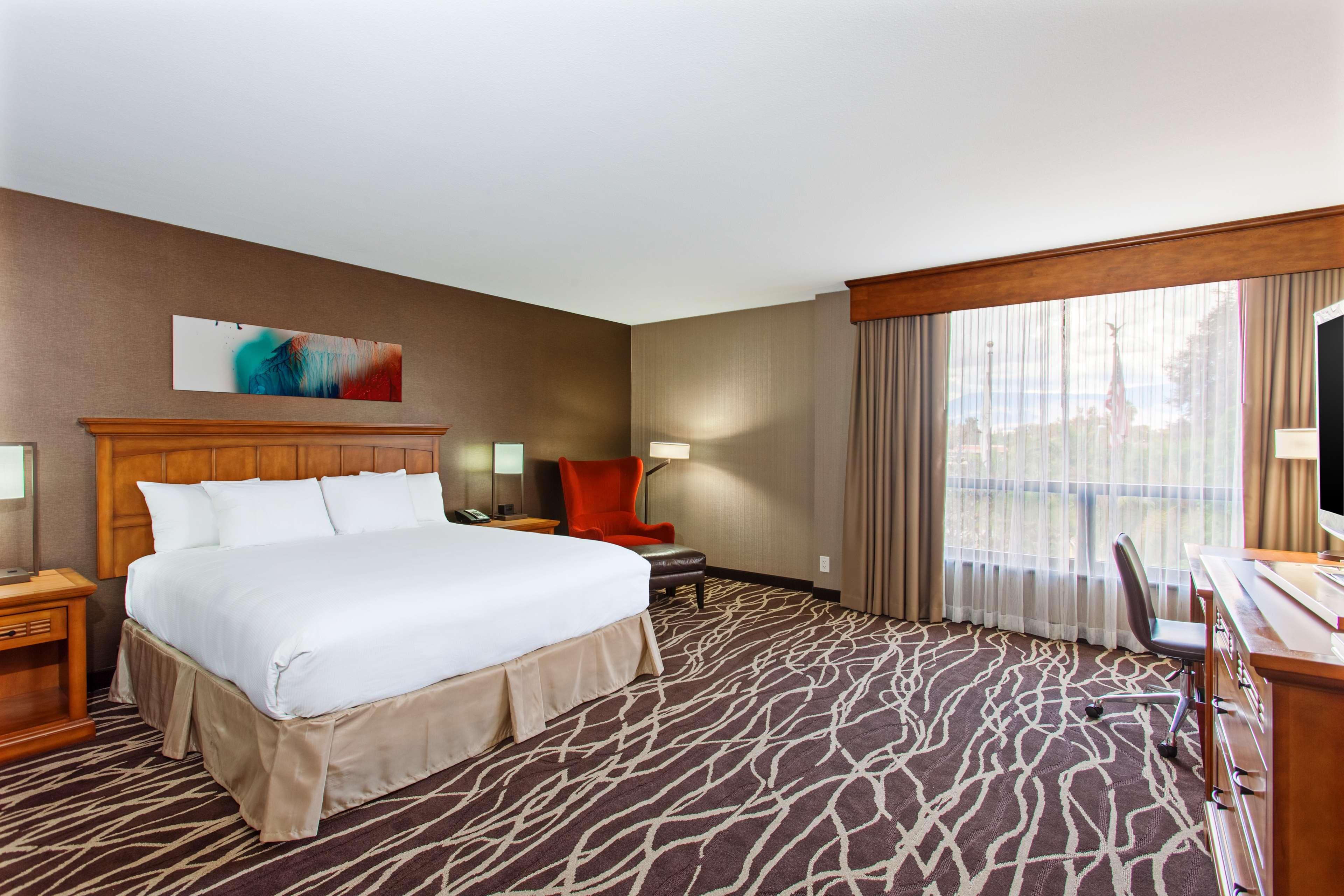 DoubleTree by Hilton Hotel San Bernardino image 15