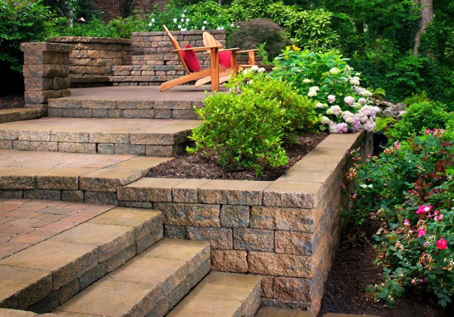 Earth-Tones Landscaping image 8