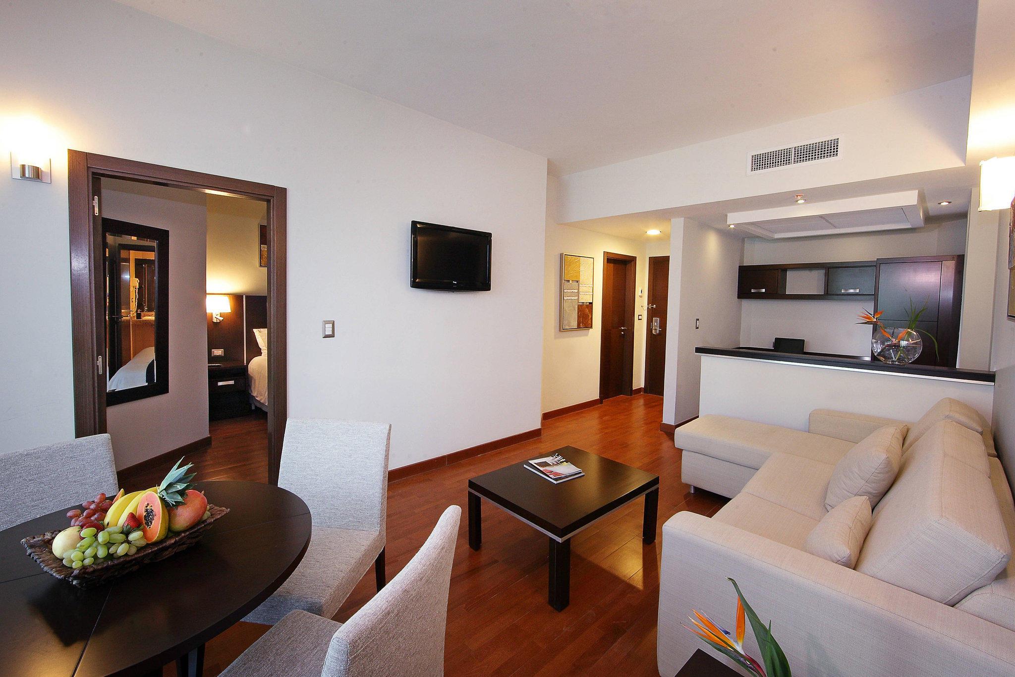Marriott Executive Apartments Panama City, Finisterre