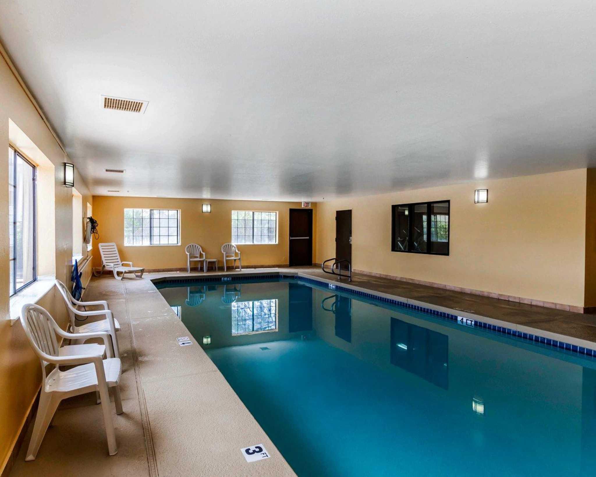 Quality Inn & Suites Surprise Near Sun City West image 17
