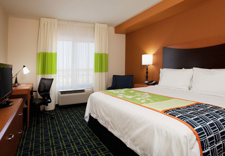 Fairfield Inn & Suites by Marriott Phoenix Chandler/Fashion Center image 12