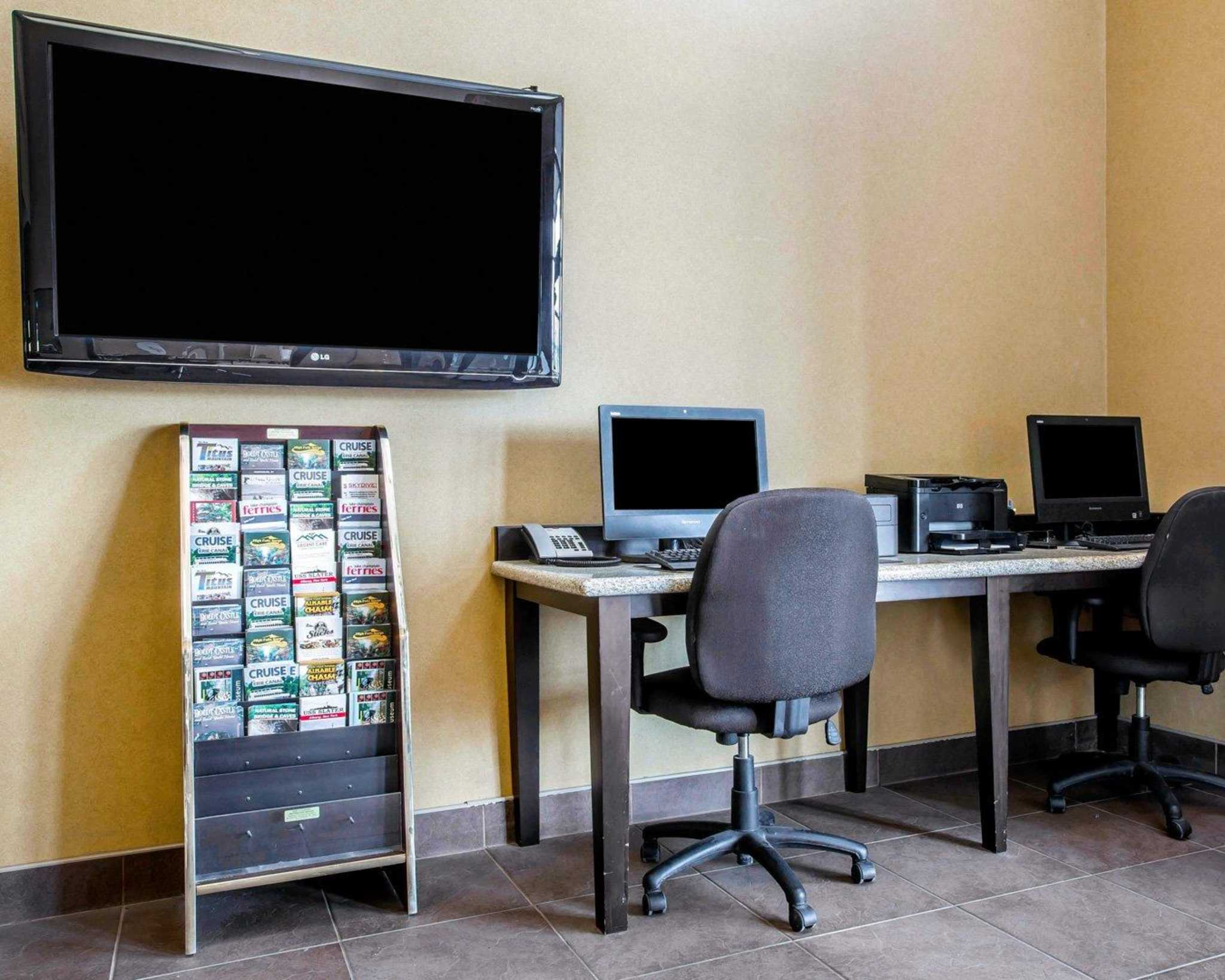 Comfort Inn & Suites adj to Akwesasne Mohawk Casino image 55
