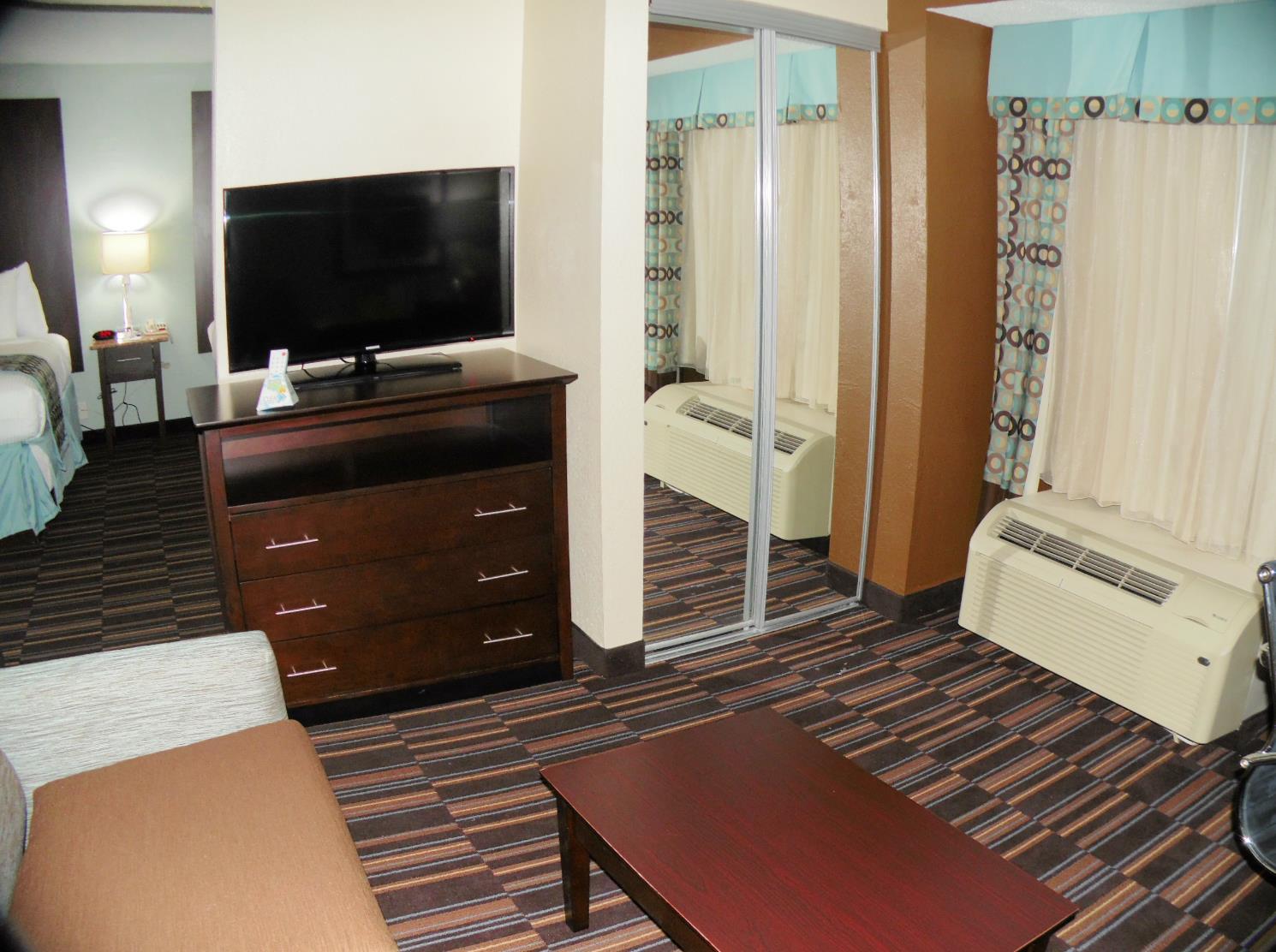Best Western Plus Elizabeth City Inn & Suites image 20