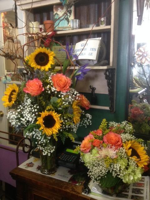 Darlene's Flower & Gift Shop image 0