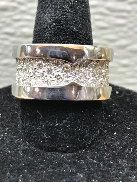 Robertson & Bach Fine Jewelers image 2
