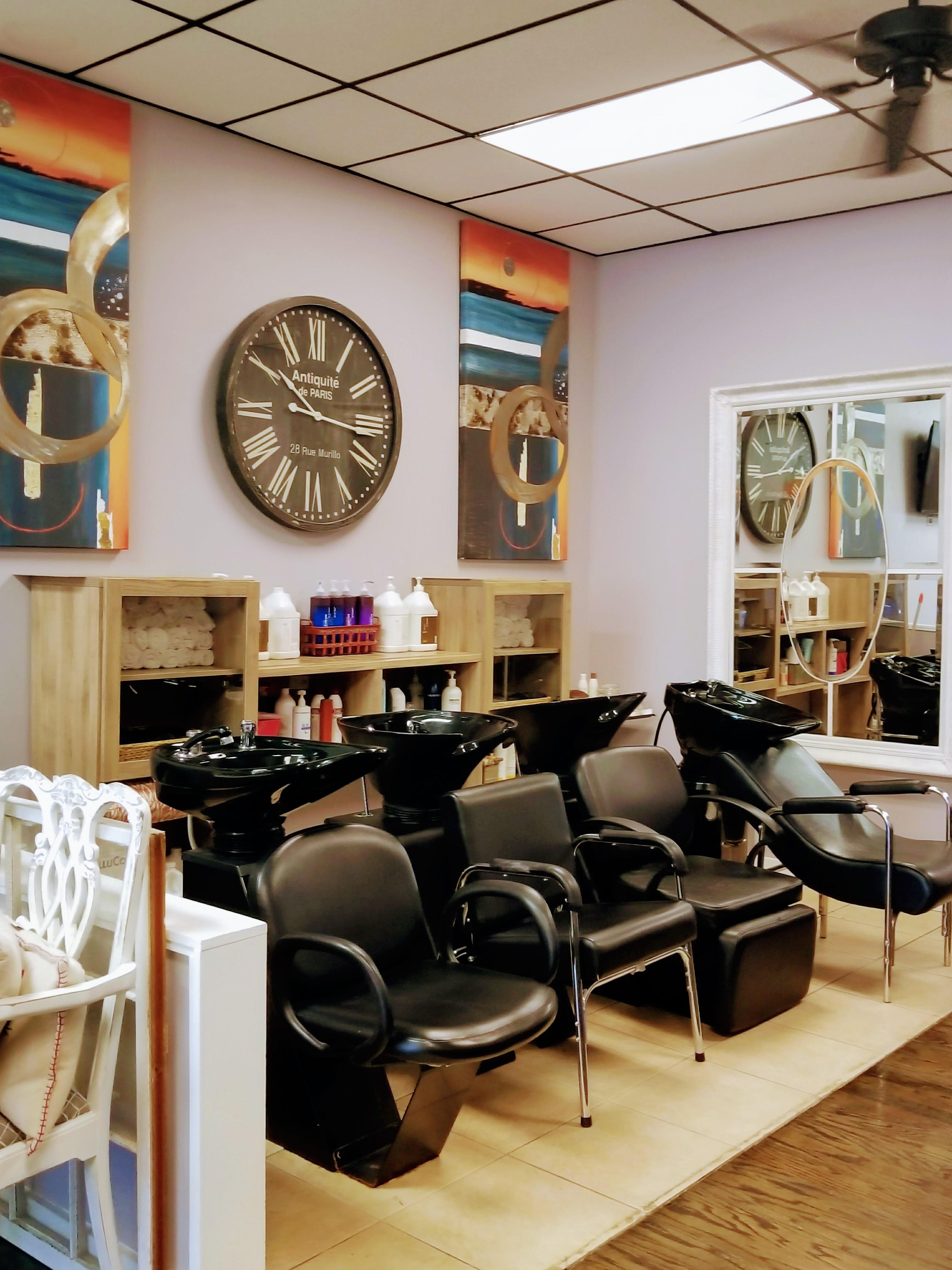 Full Circle Salon and Spa image 1