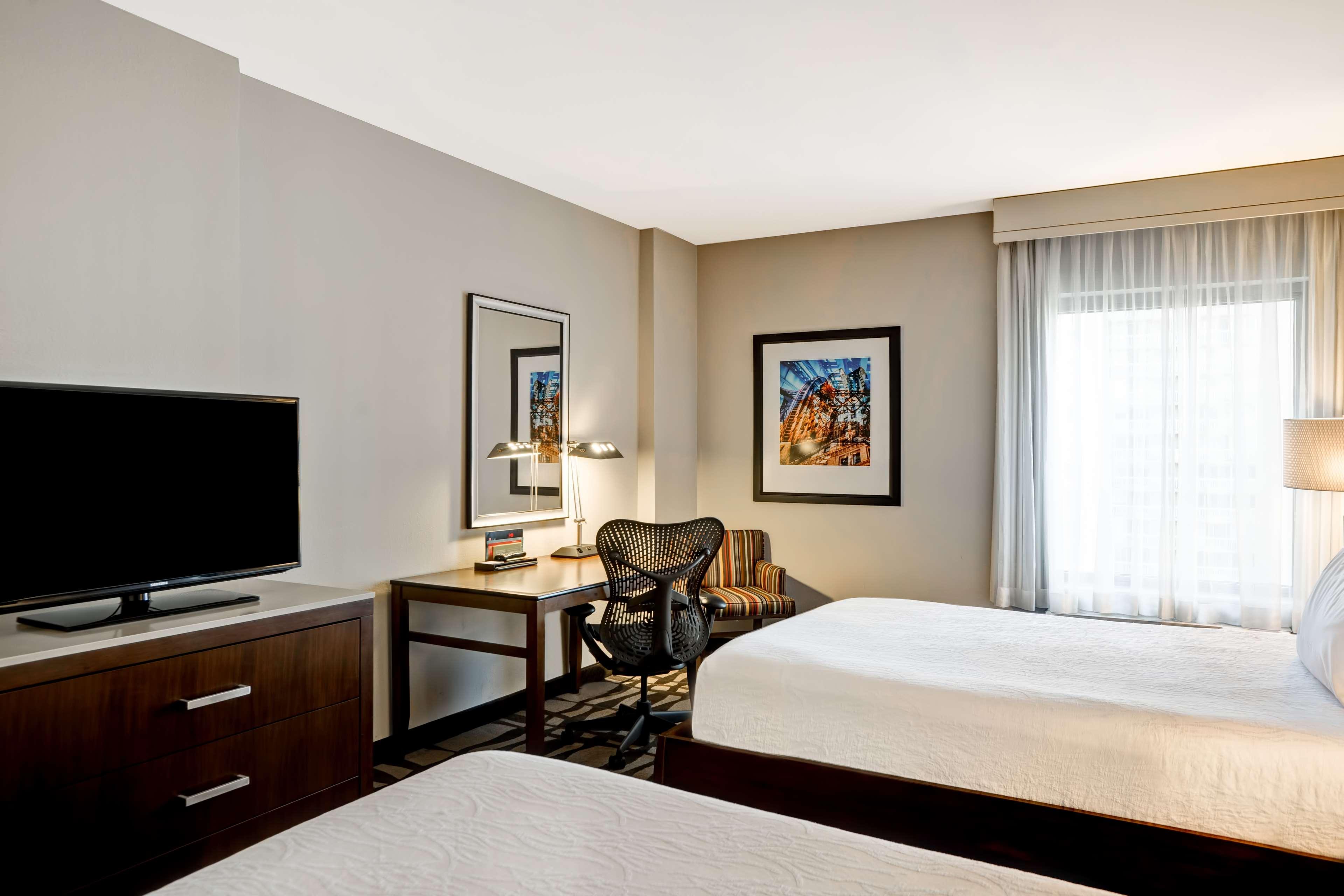 Hilton Garden Inn Chicago Downtown/Magnificent Mile image 30