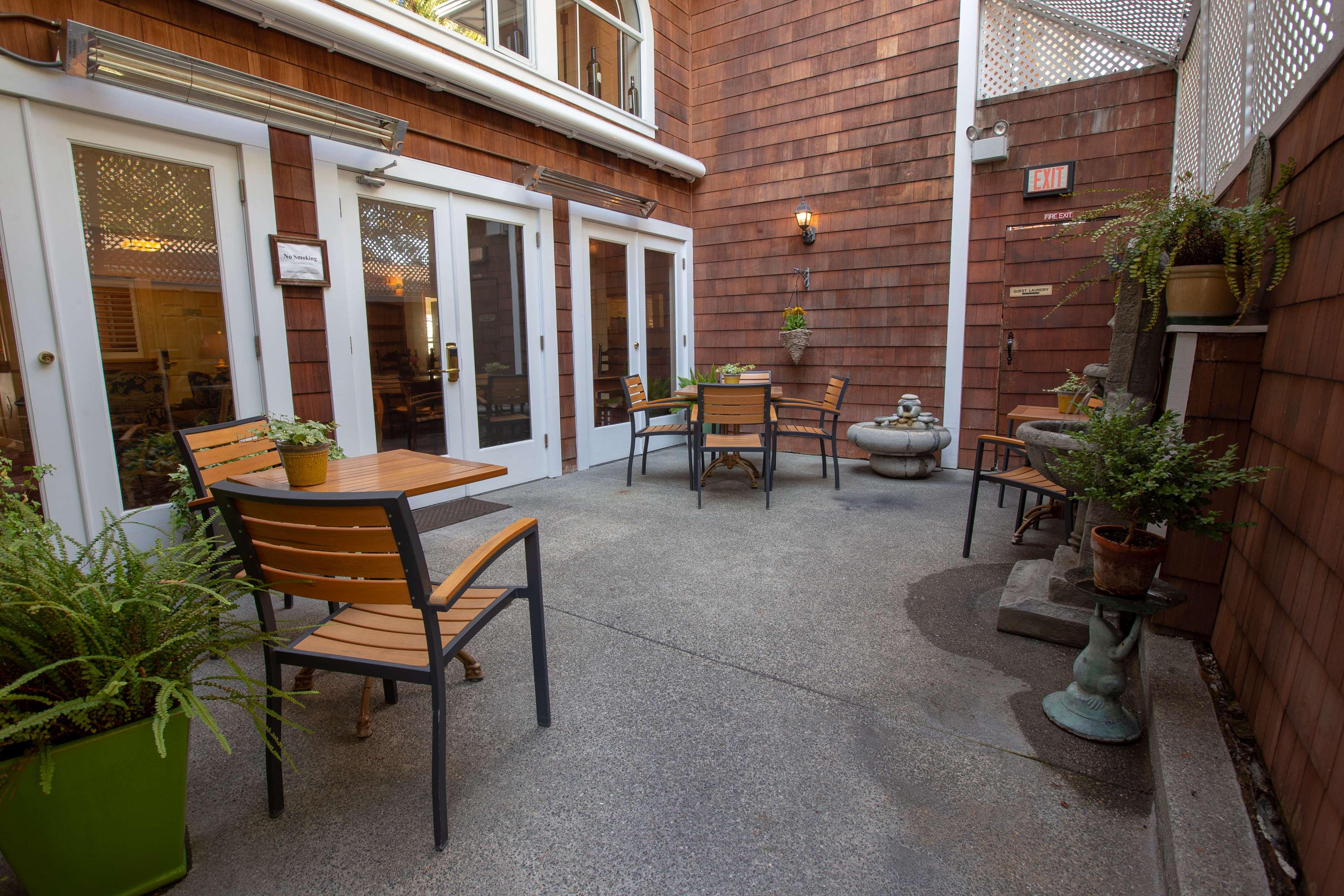 Best Western Plus Elm House Inn image 36