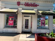 Exterior photo of T-Mobile Store at Shaker Sq & N Moreland Blvd, Cleveland, OH