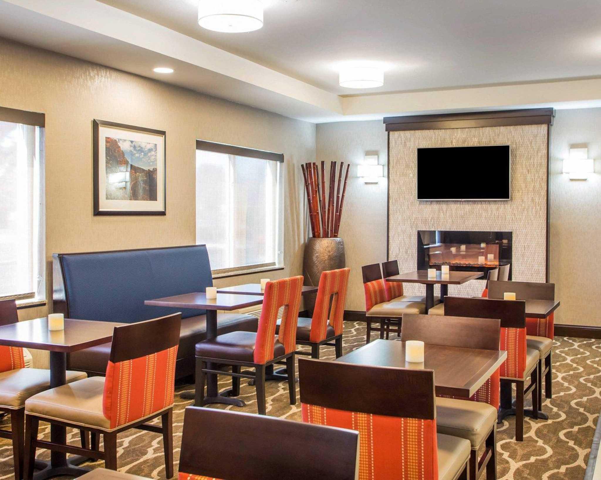 Comfort Suites Columbus West- Hilliard image 12