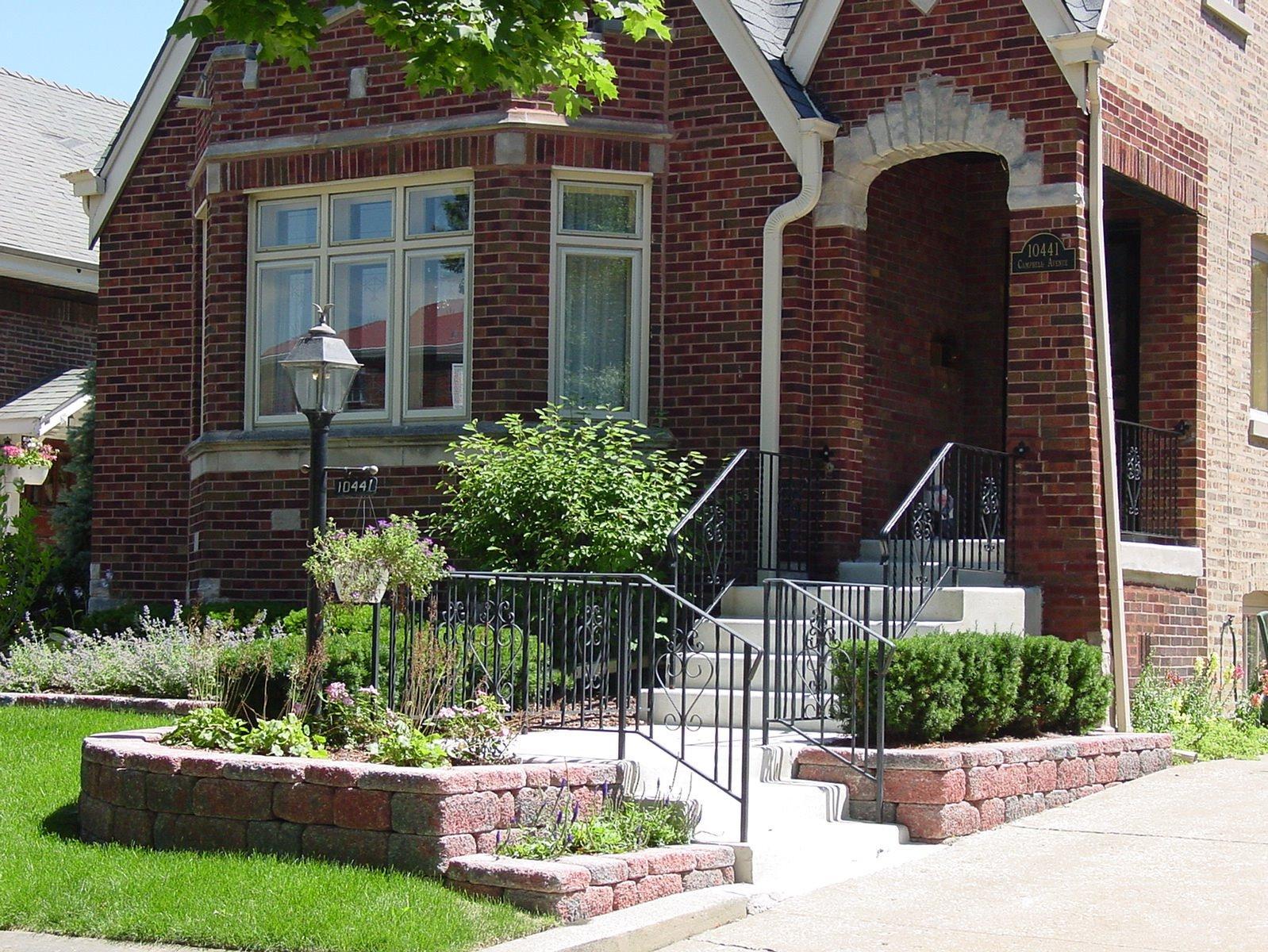 Cosme Landscape Maintenance image 2
