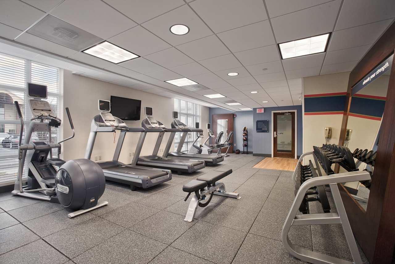 Hampton Inn & Suites Providence/Warwick-Airport image 11