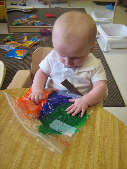 Kensington kindercare mt prospect il company page for Newborn fine motor skills