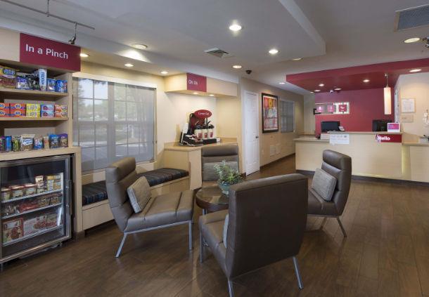 TownePlace Suites by Marriott Atlanta Alpharetta image 1