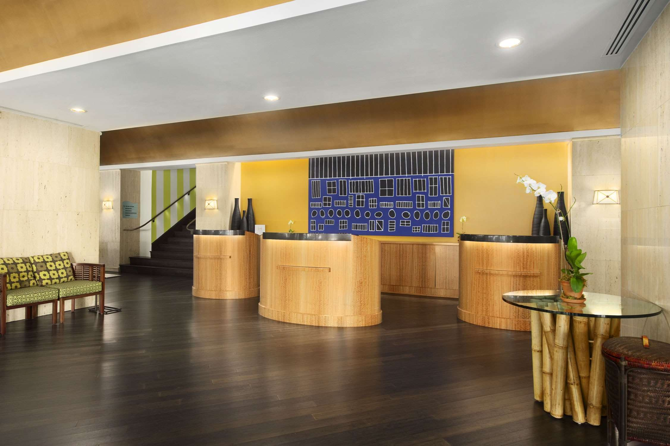 Embassy Suites by Hilton Tampa Airport Westshore image 5