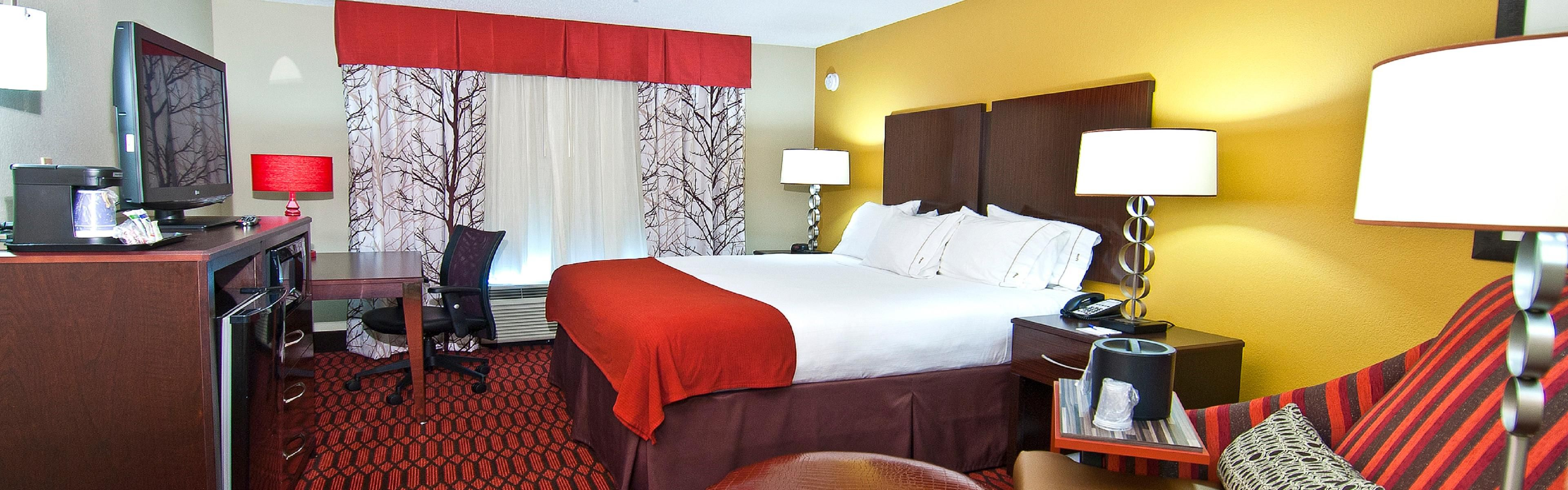 Holiday Inn Express Olive Branch image 1