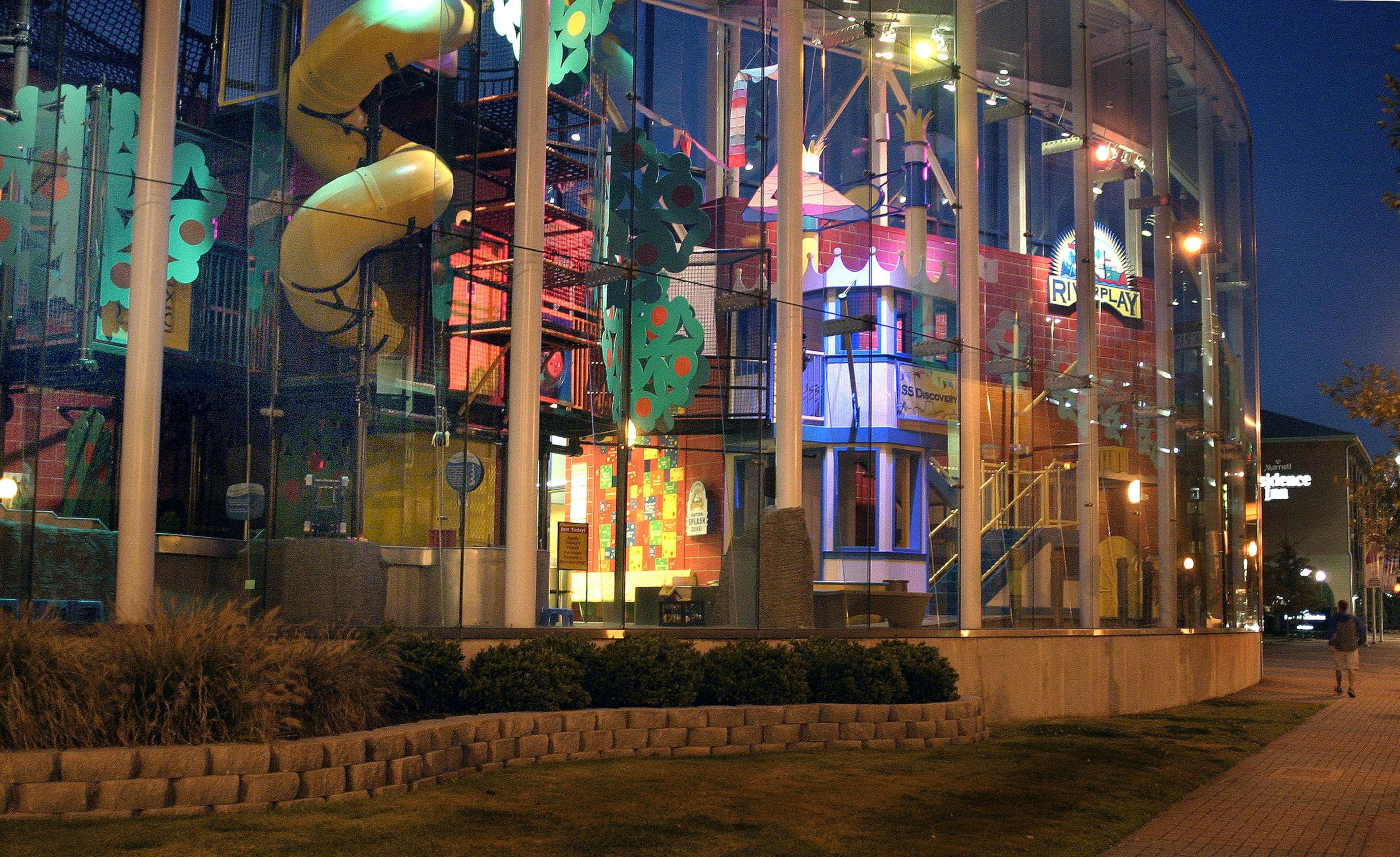 Hilton Garden Inn Chattanooga Downtown 311 Chestnut Street ...