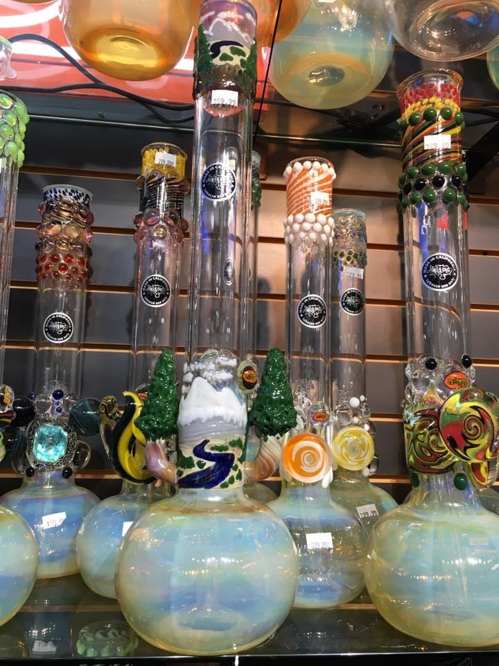 Outer Limits Smoke Shop image 5