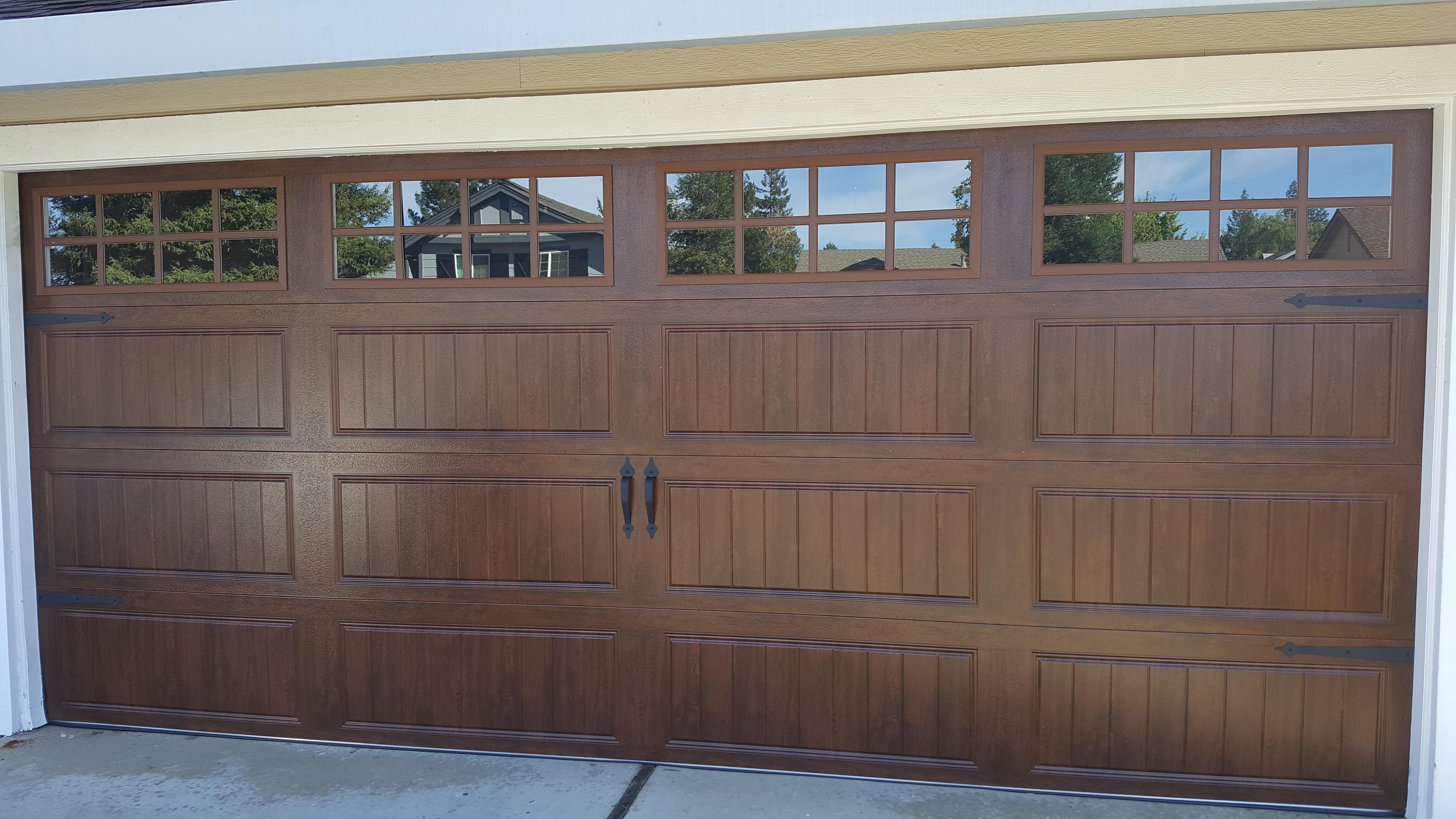 GR8 Garage Door image 0