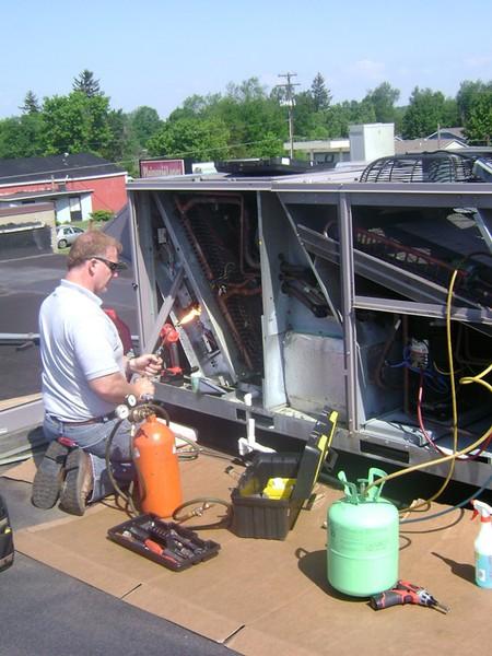Deweerd Heating & Air Conditioning, Inc. image 3