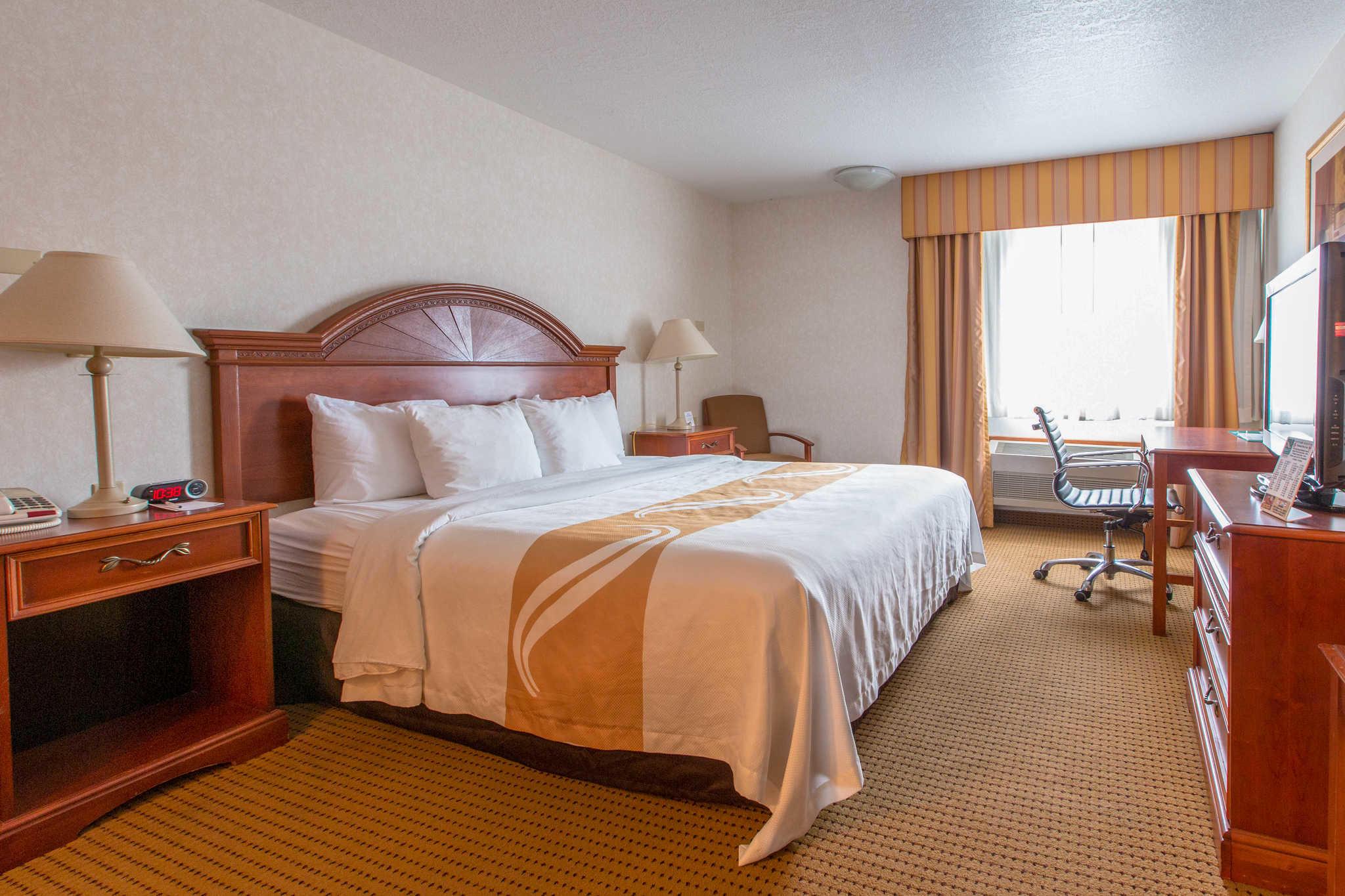Quality Inn & Suites University image 22