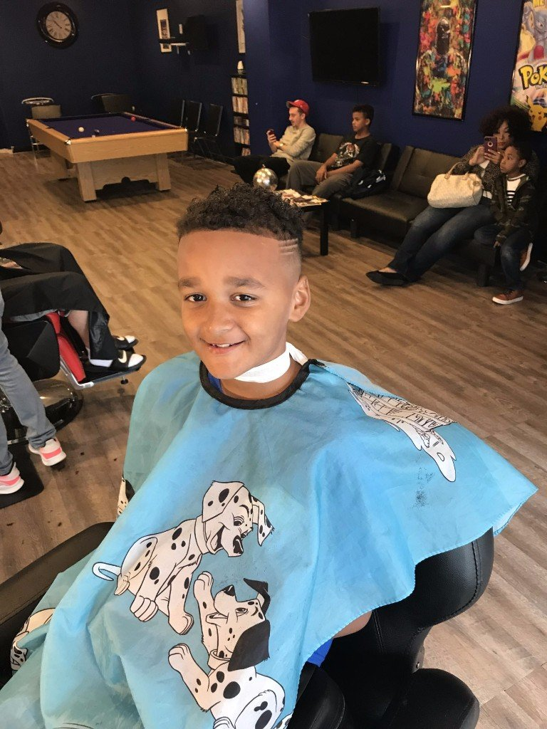 Smooth Cuts Barber Shop image 0