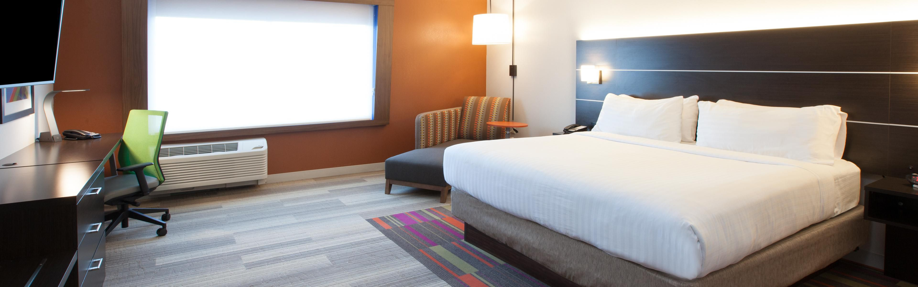 Holiday Inn Express & Suites Indianapolis NE - Noblesville image 1