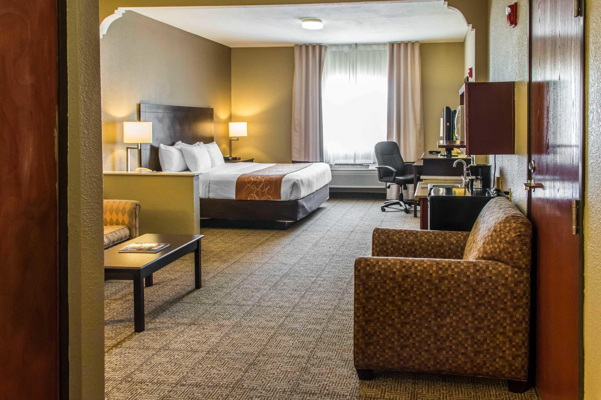 Comfort Suites Round Rock - Austin North I-35 image 16