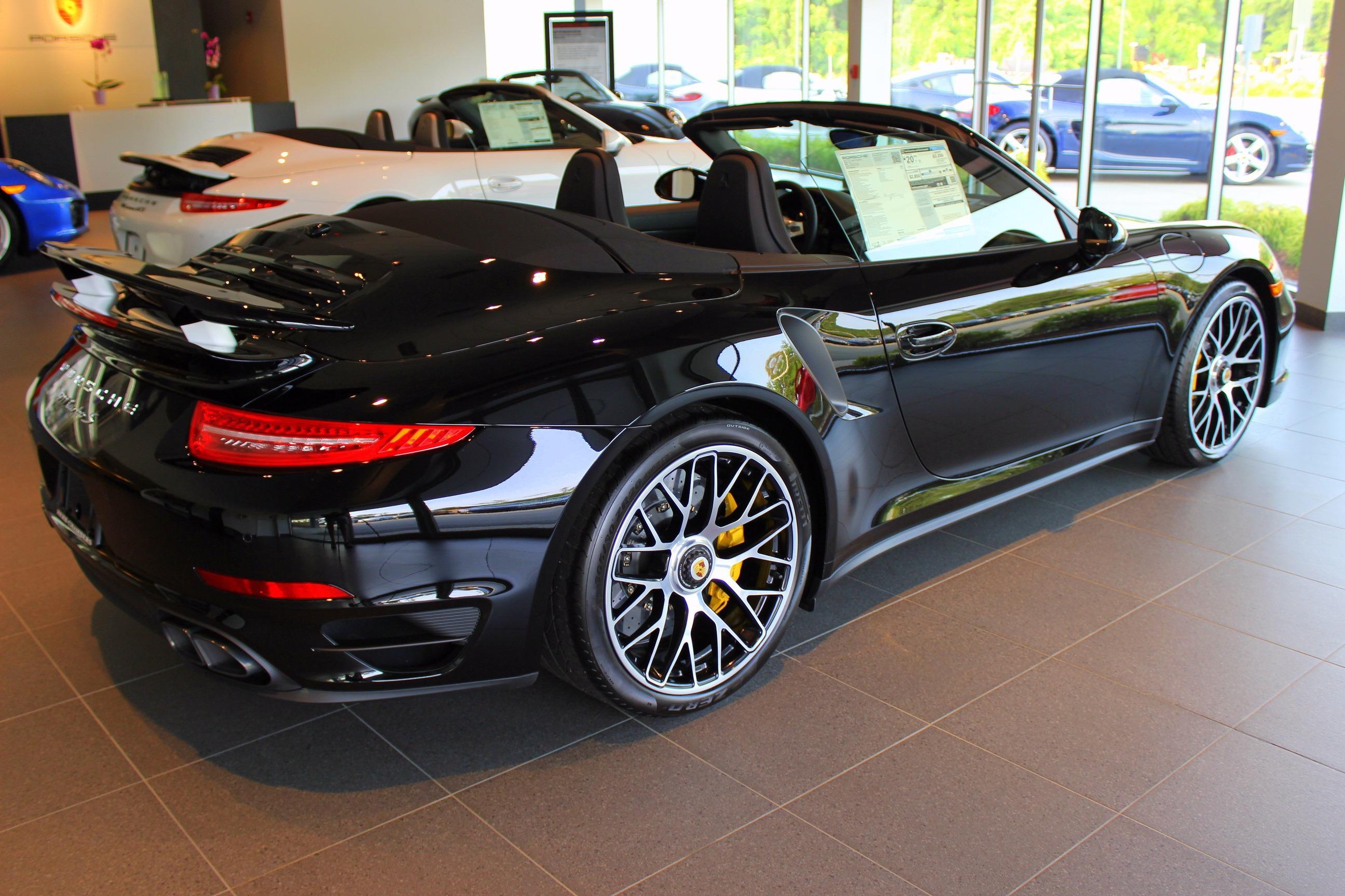 Porsche Burlington image 6