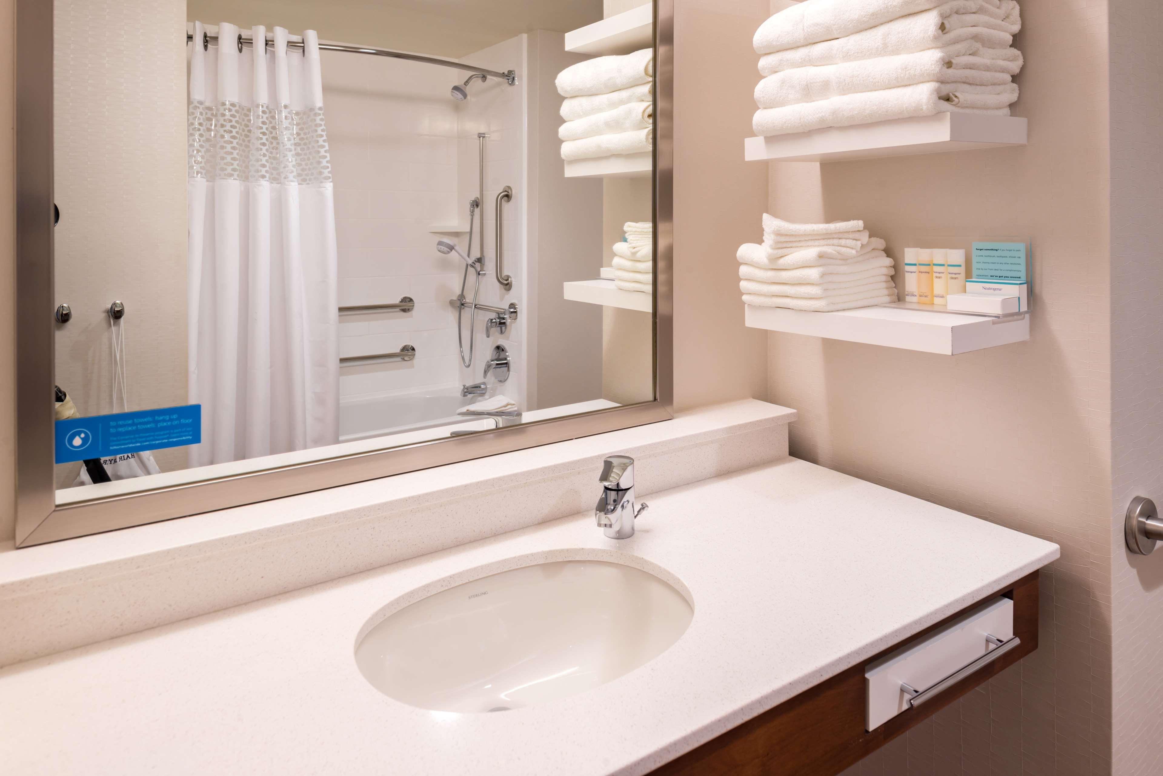 Hampton Inn & Suites Silverthorne image 22