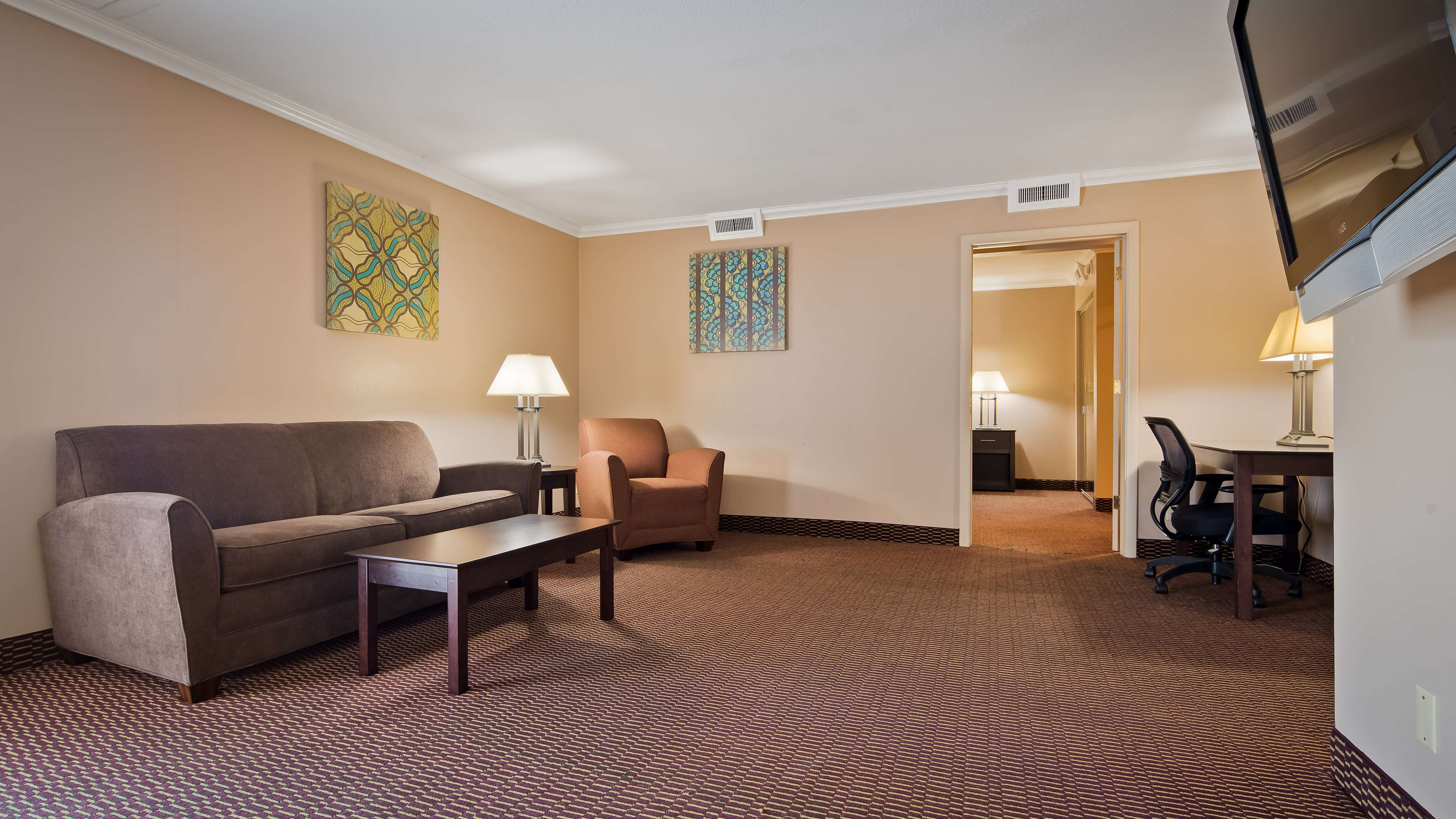 Best Western Valley Plaza Inn image 16