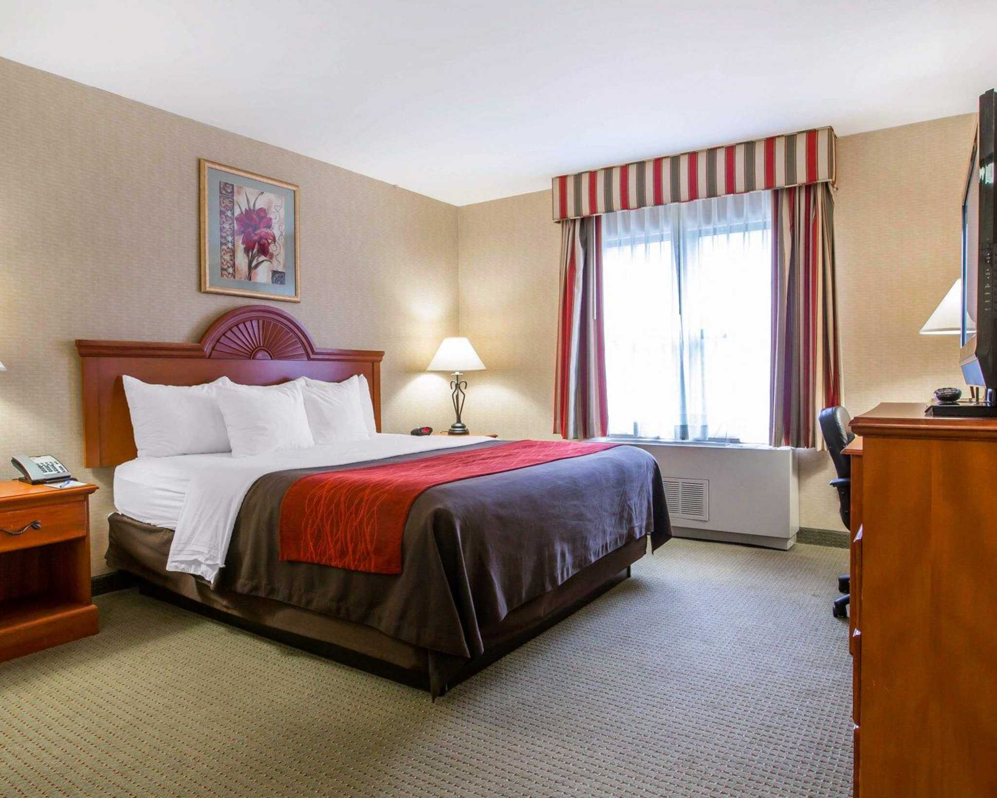 Comfort Inn & Suites adj to Akwesasne Mohawk Casino image 9