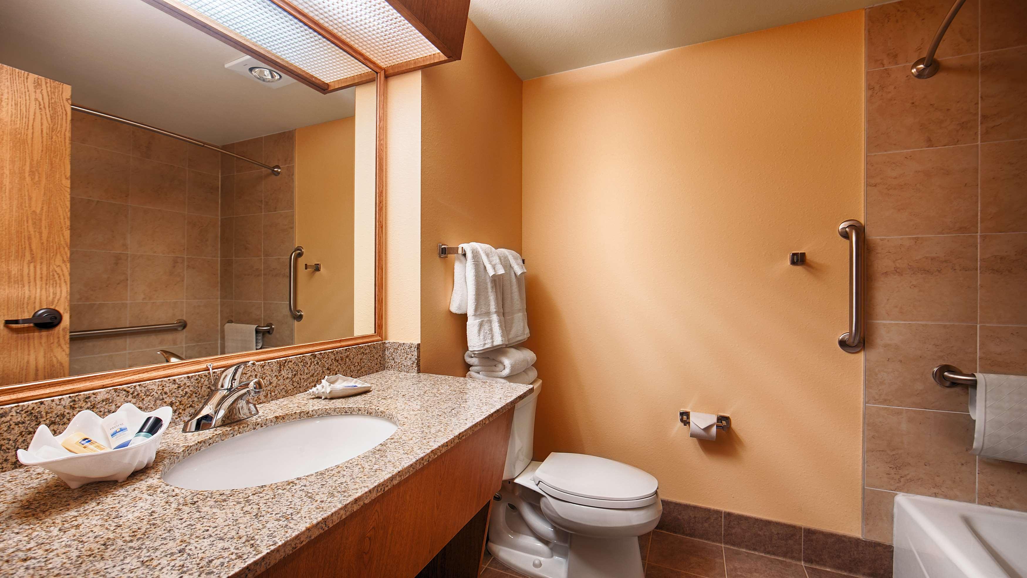 Best Western Plus Caldwell Inn & Suites image 34