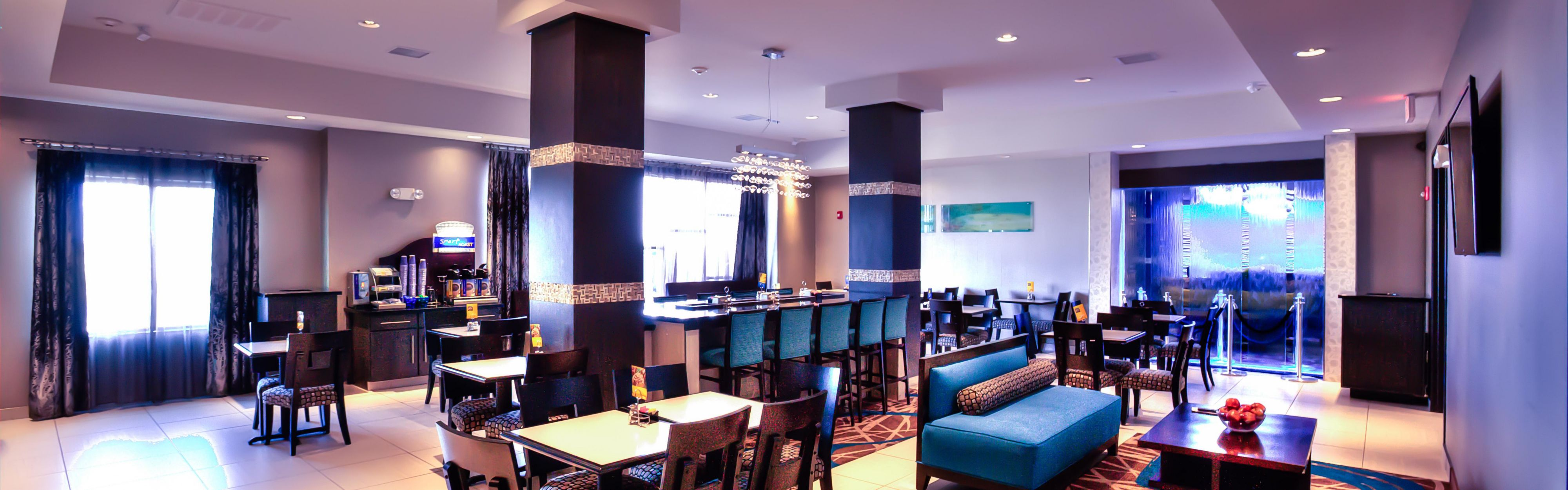 Holiday Inn Express & Suites Amarillo West image 3