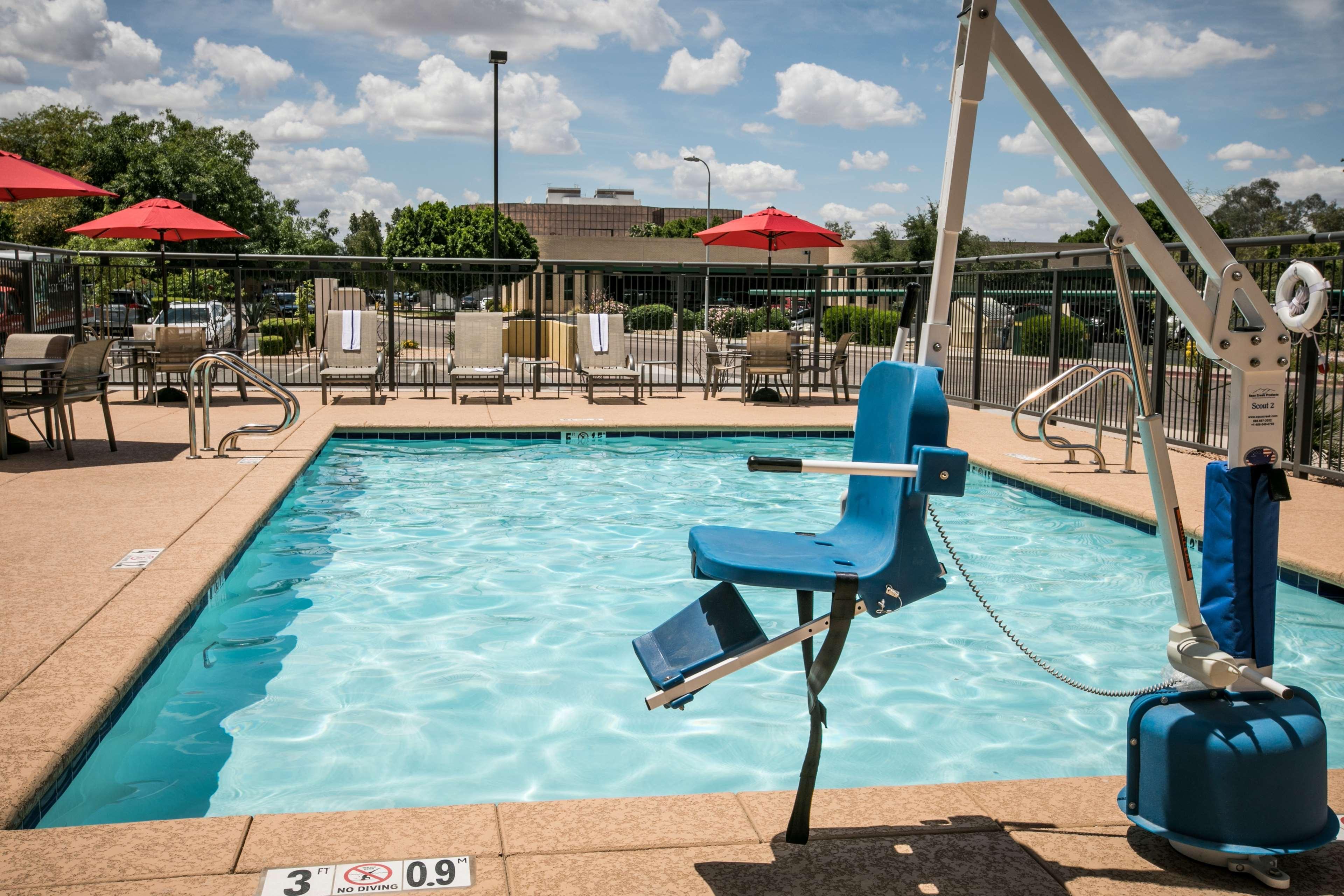 Hampton Inn & Suites Tempe - Phoenix Airport image 9
