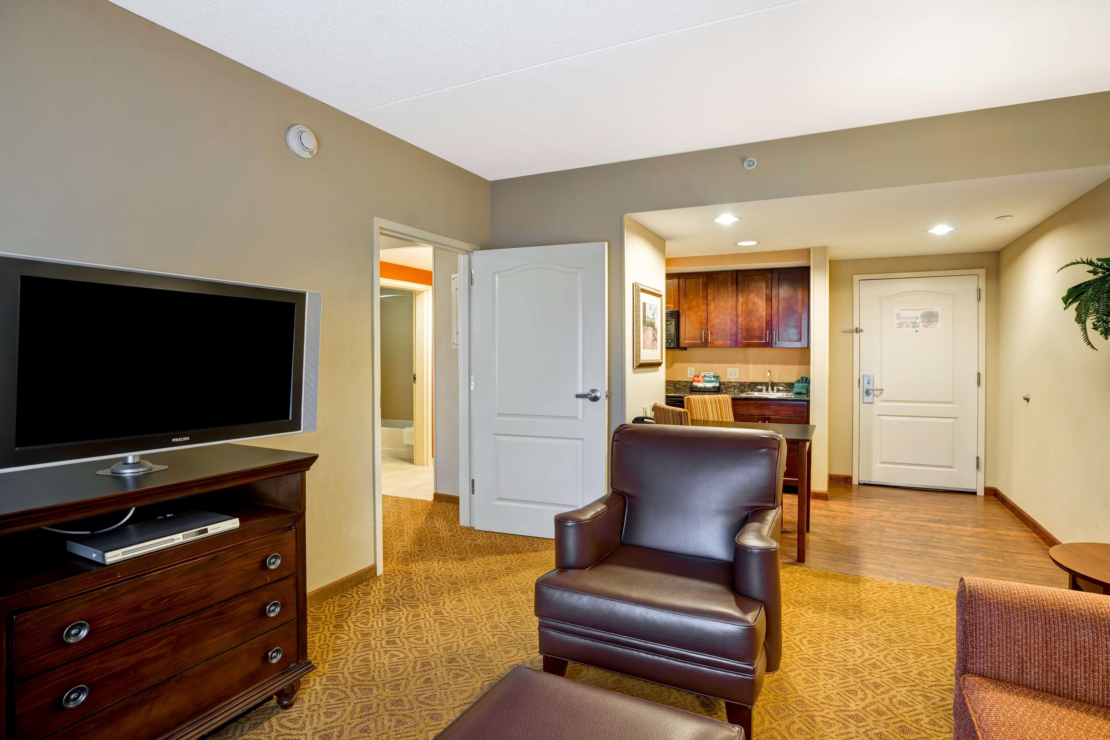Homewood Suites by Hilton Fredericksburg image 20