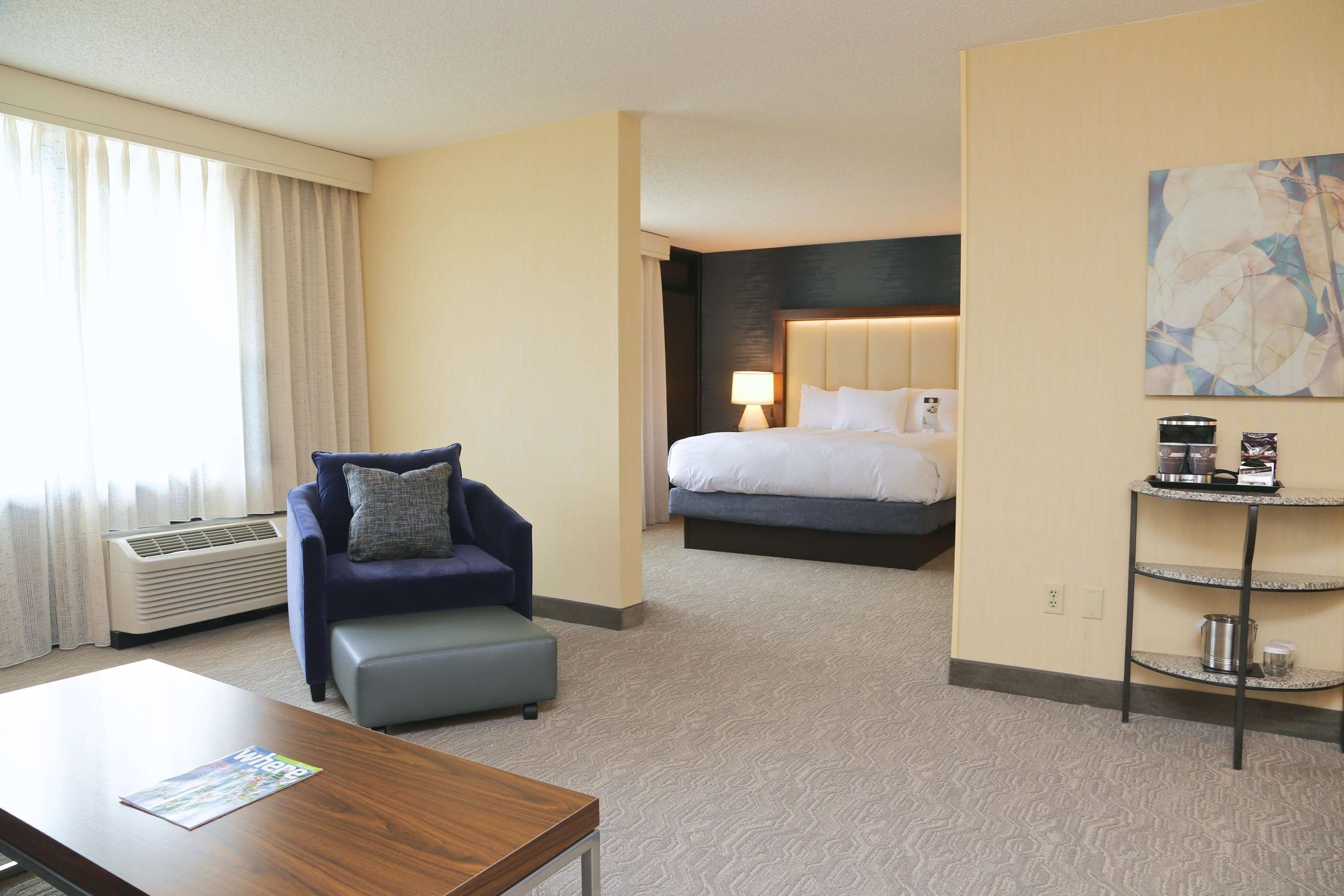 DoubleTree by Hilton Boston - Andover image 16