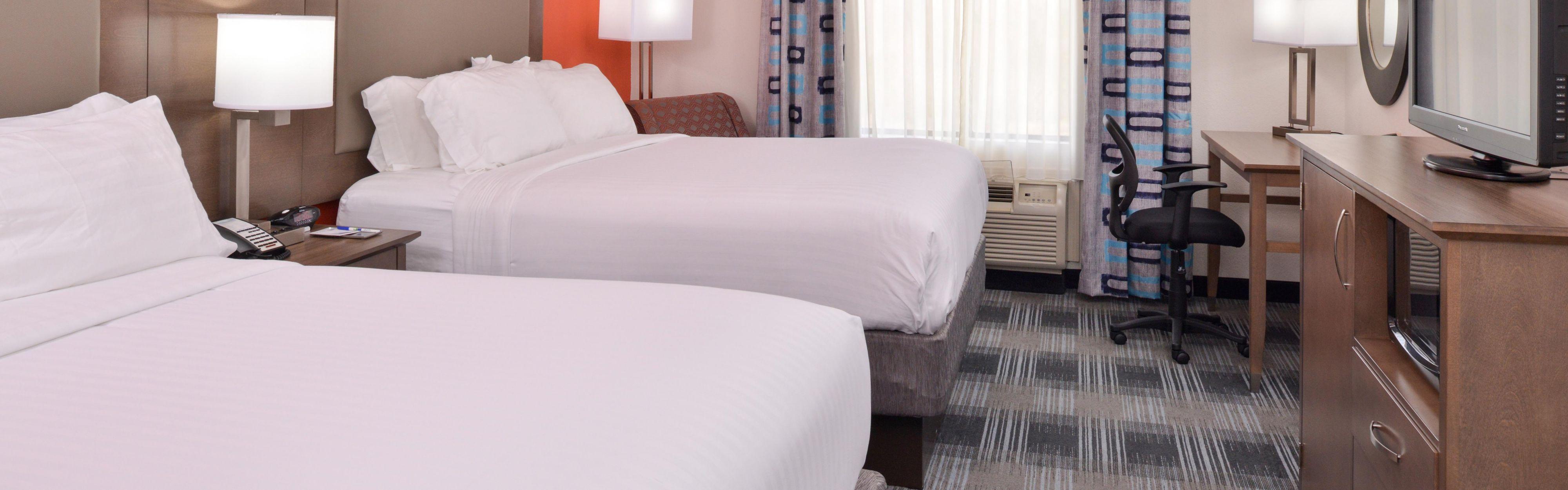 Holiday Inn Express Clanton image 1