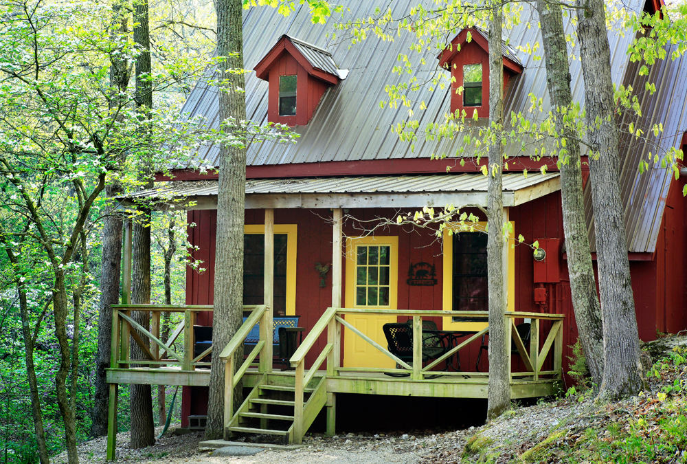 Hidden Hollow Cabins and Lodging image 6