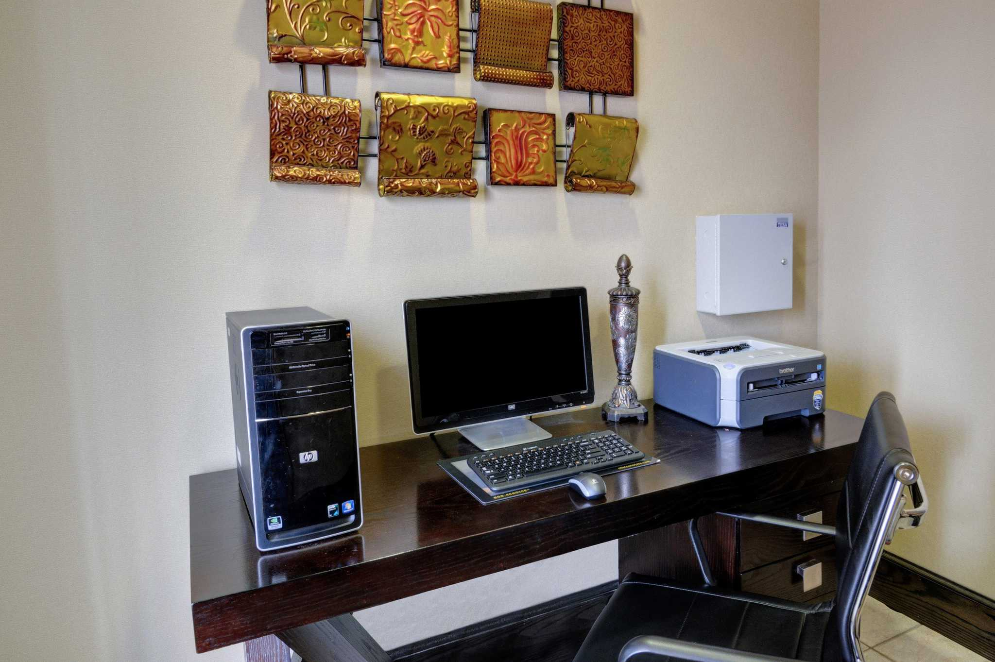 Comfort Inn & Suites image 37