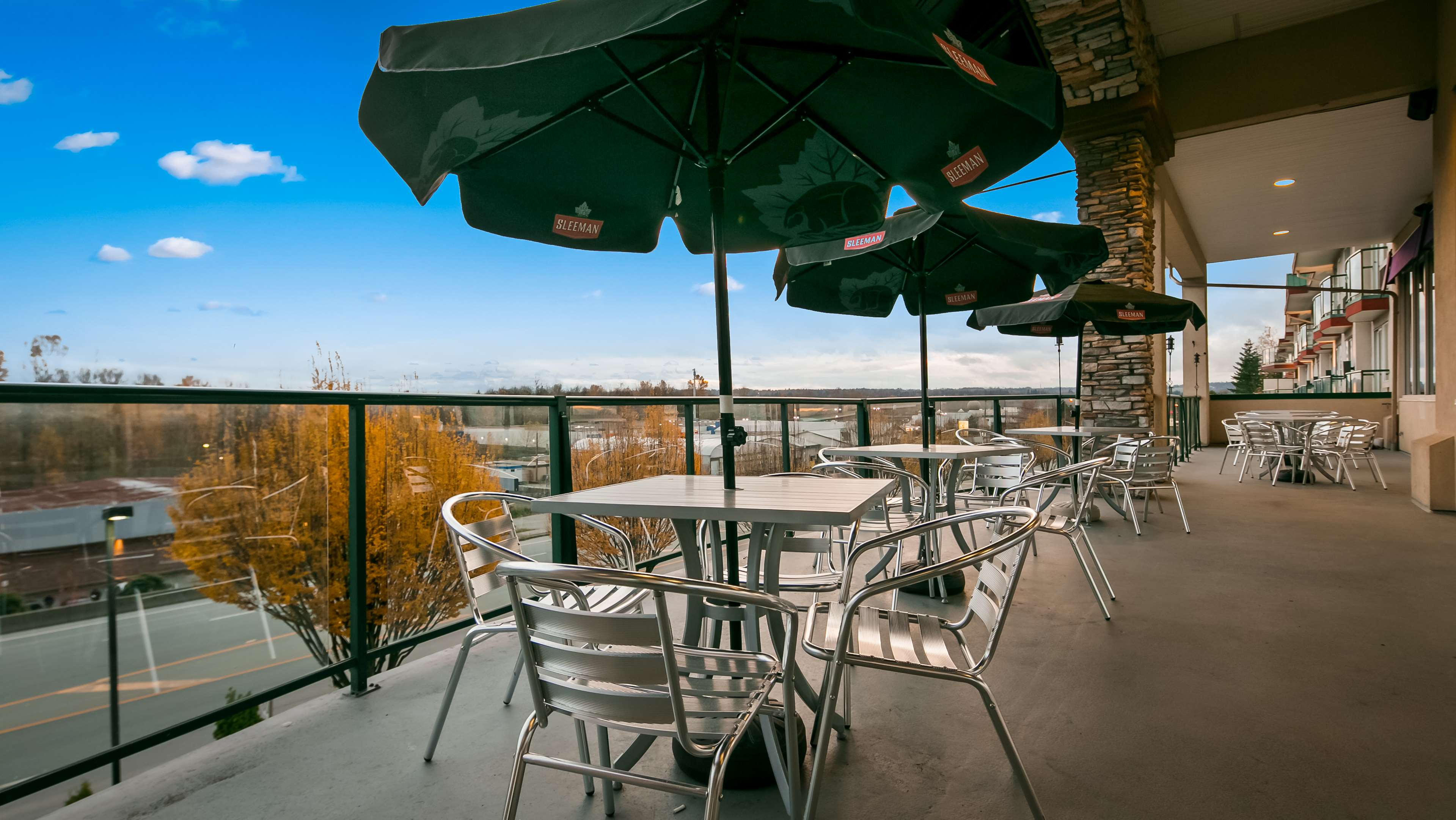 Best Western Plus Mission City Lodge in Mission: Patio